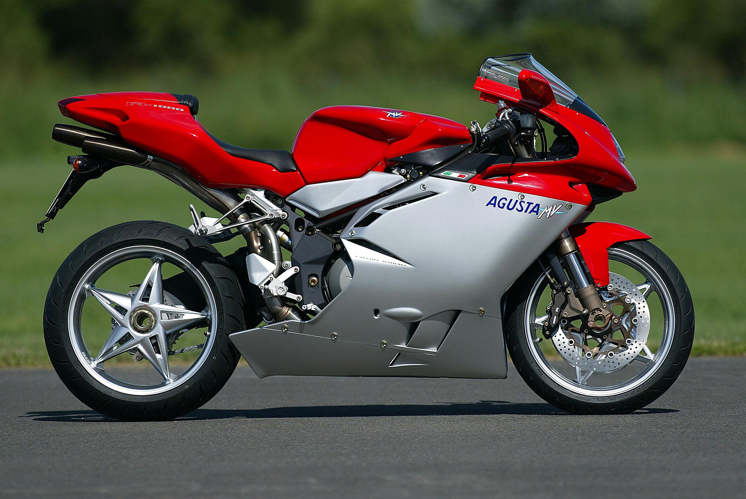 2006 mv agusta f4 1000s review top speed. Black Bedroom Furniture Sets. Home Design Ideas