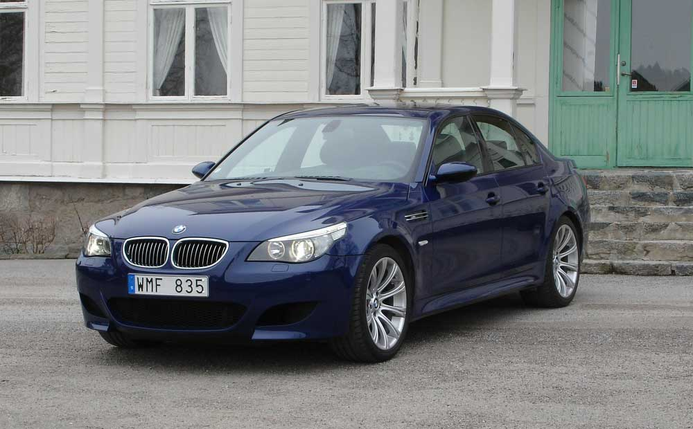 2005 bmw m5 e60 review top speed. Black Bedroom Furniture Sets. Home Design Ideas