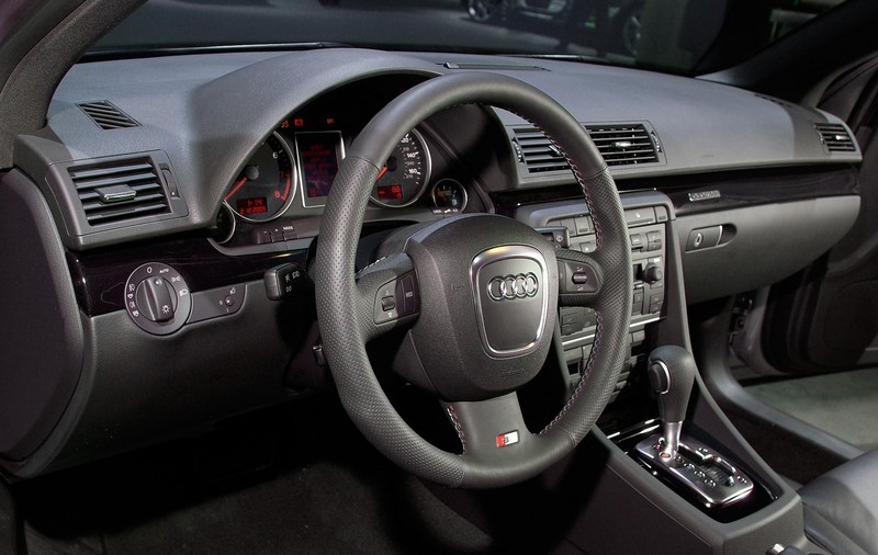 2006 Audi A4 Review   Top Speed. »