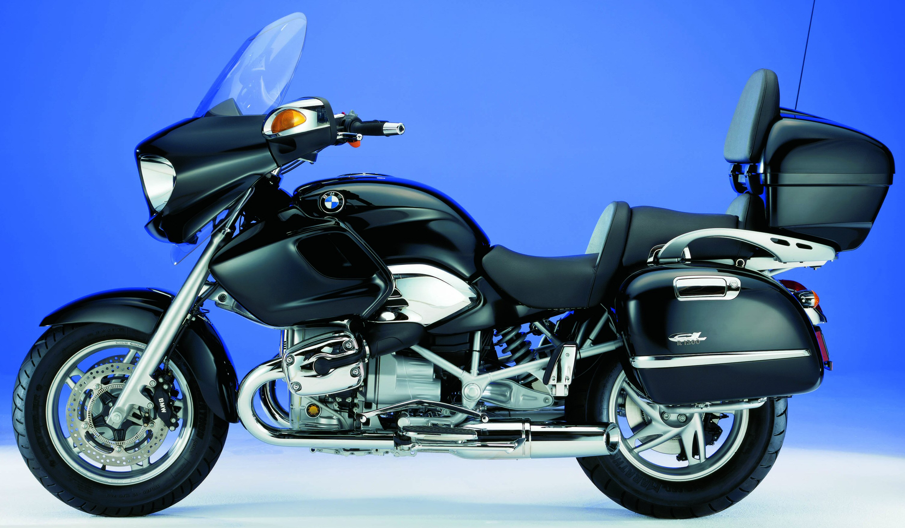 2006 bmw r 1200 cl review gallery top speed. Black Bedroom Furniture Sets. Home Design Ideas