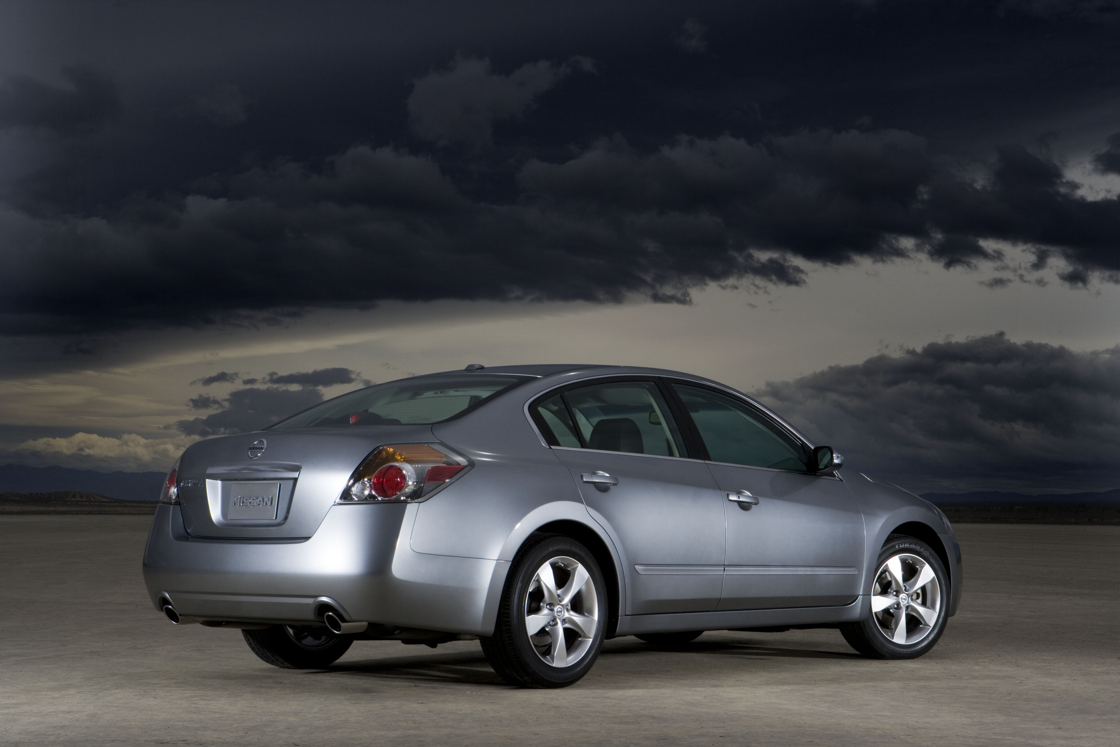 2007 Nissan Altima Review   Top Speed. »