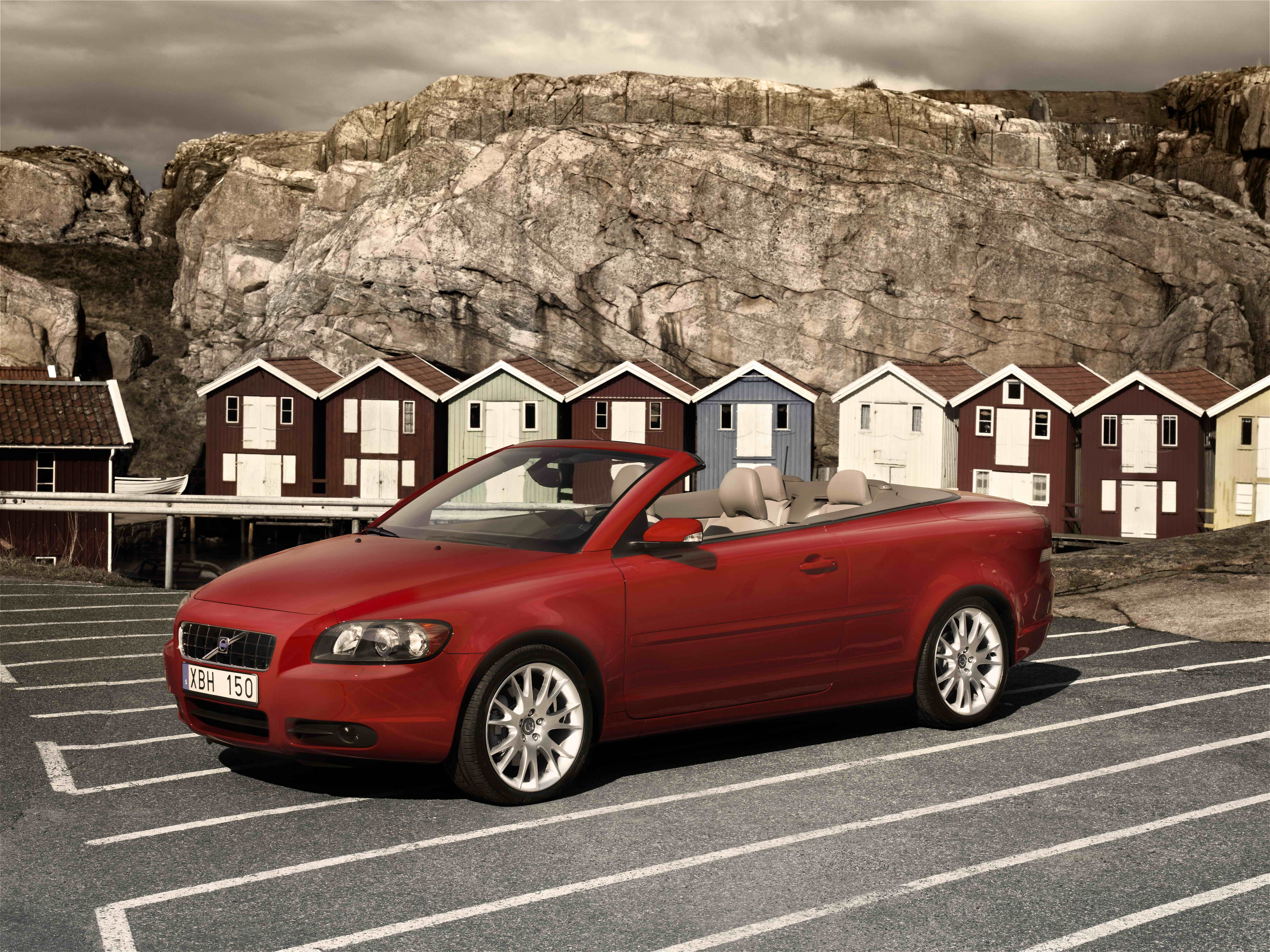 The New Volvo C70 Convertible Gets Performance Turbo