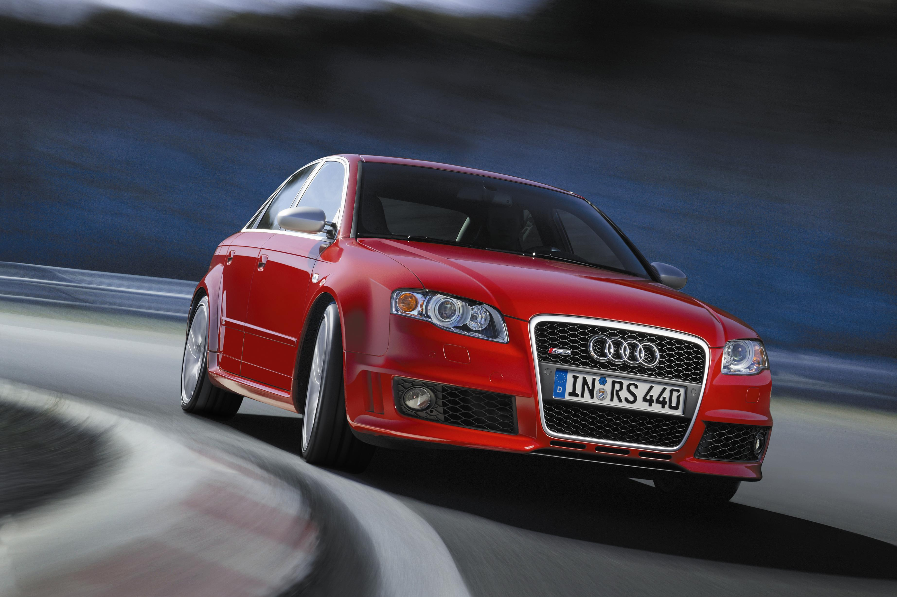 Audi RS Top Speed - 2005 audi rs4