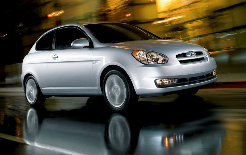 2007 hyundai accent pricing announced news gallery top. Black Bedroom Furniture Sets. Home Design Ideas
