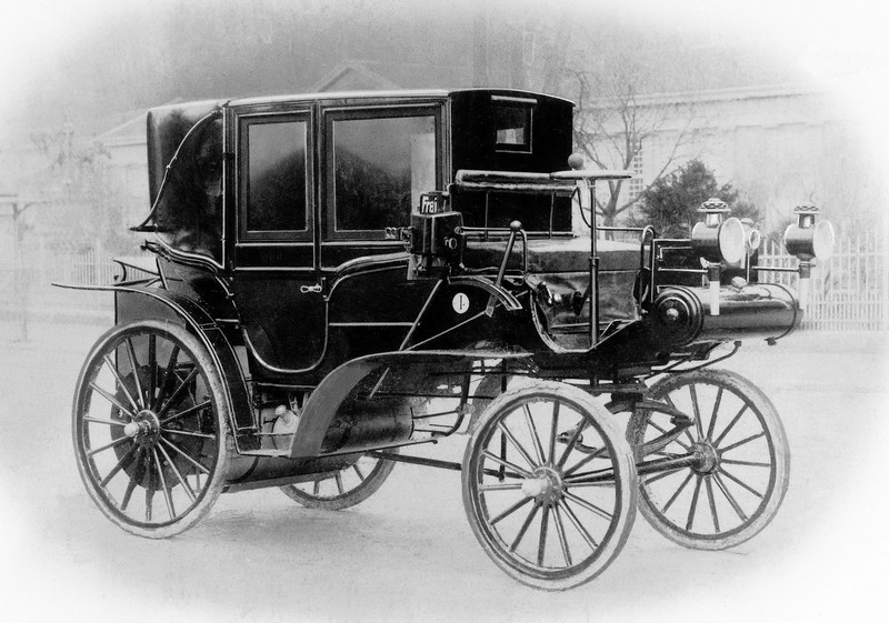 Who Invented The First Car >> The World's First Motorized Taxi Cab | Top Speed