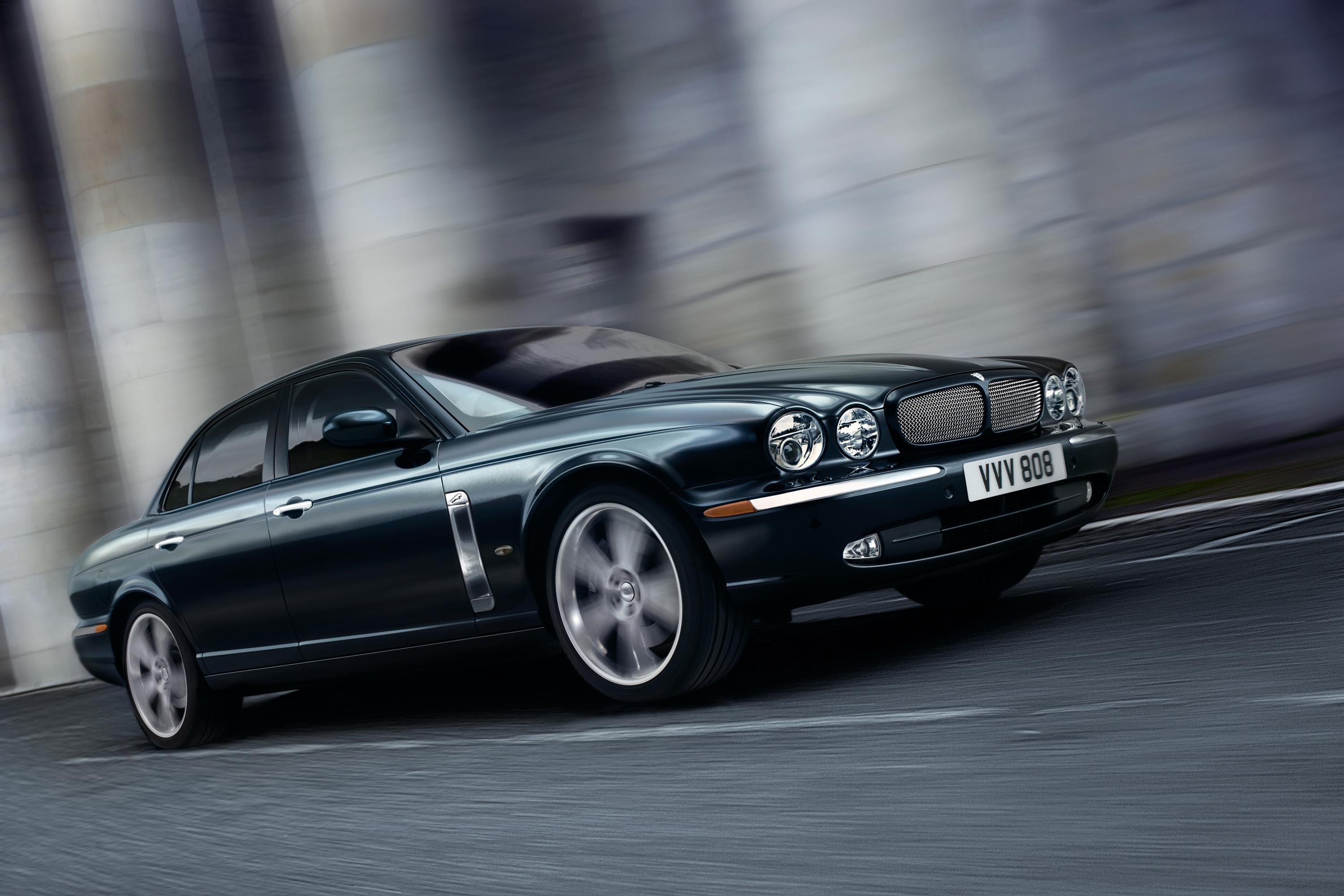 2007 Jaguar XJR Portofolio | Top Speed