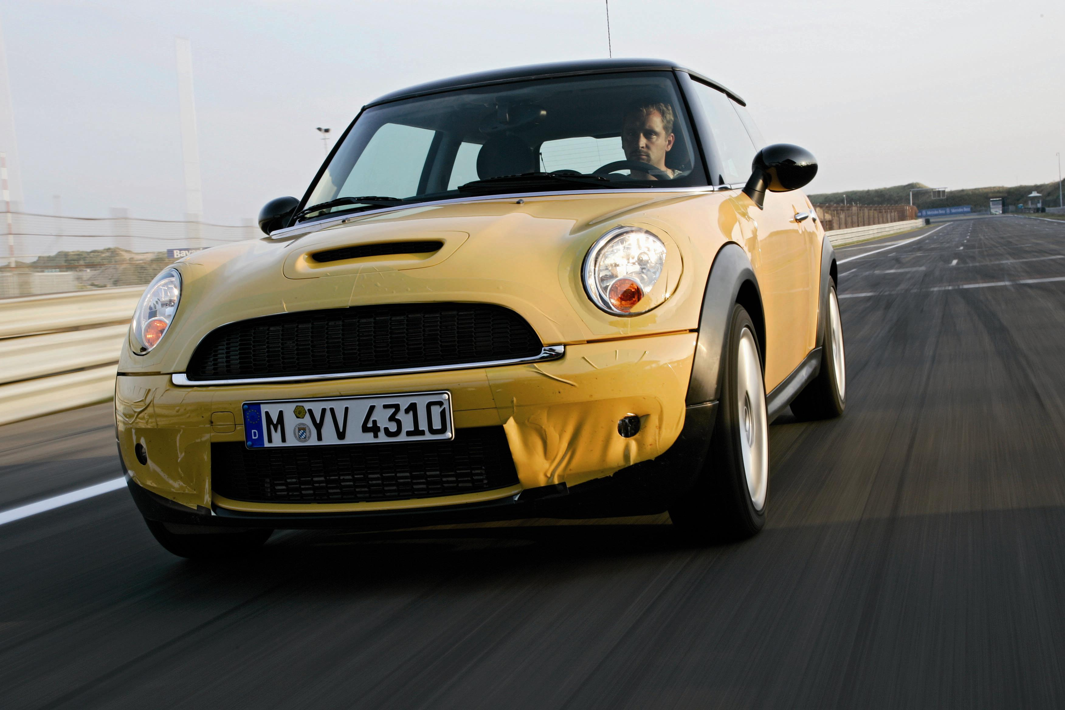 2007 mini cooper and cooper s review top speed. Black Bedroom Furniture Sets. Home Design Ideas