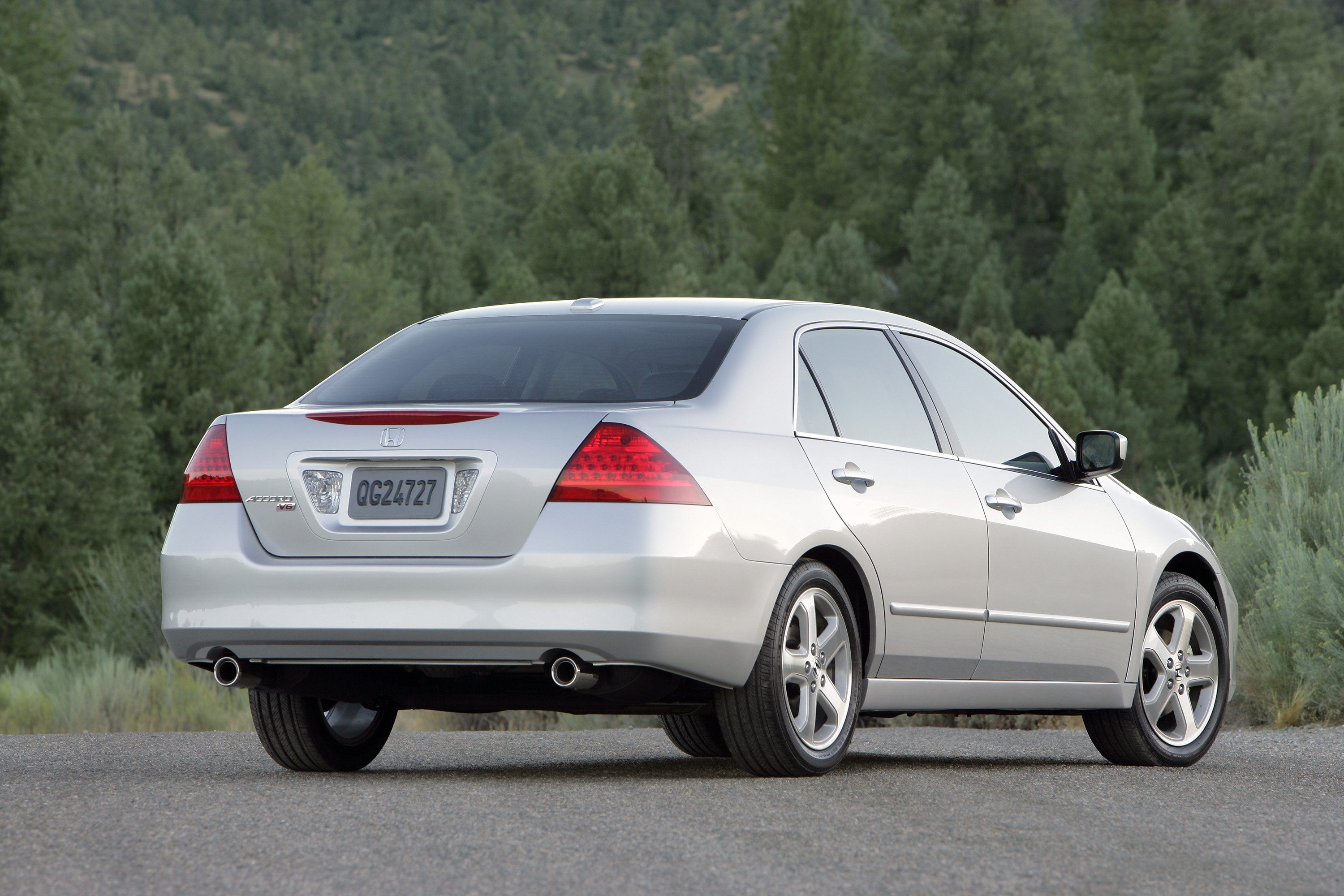 2006 Honda Accord Review - Top Speed
