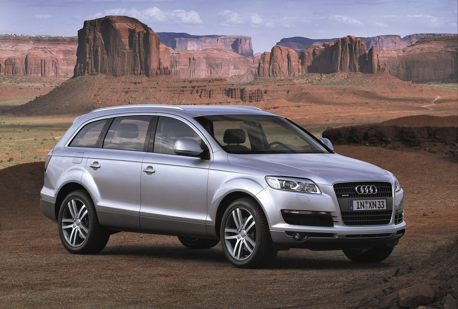 audi announces us prices for 2007 audi q7 top speed. Black Bedroom Furniture Sets. Home Design Ideas