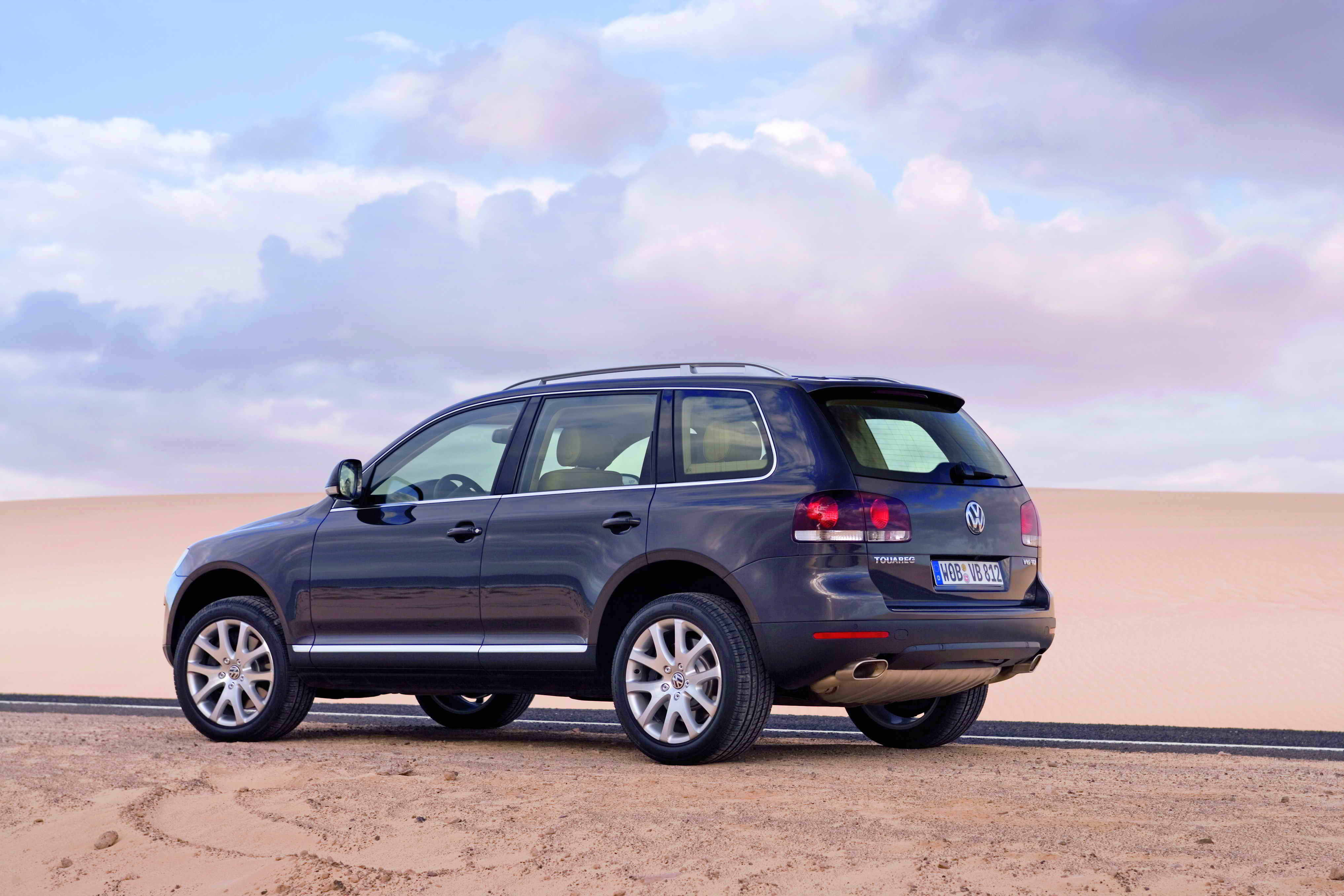2007 volkswagen touareg review top speed. Black Bedroom Furniture Sets. Home Design Ideas