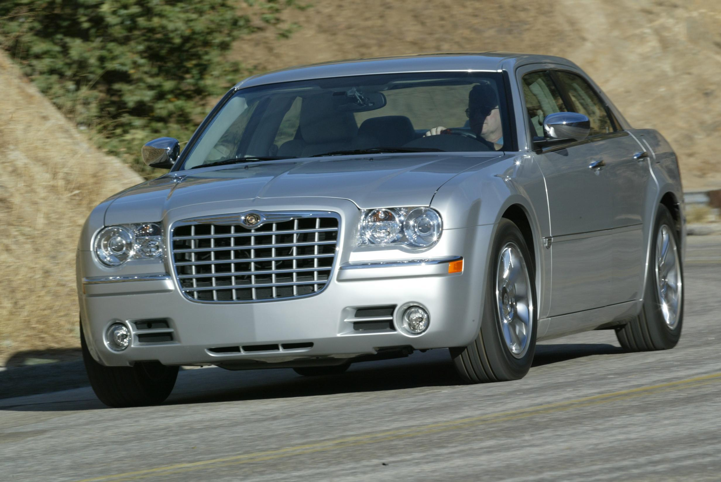 2005 Chrysler 300C | Top Speed. »