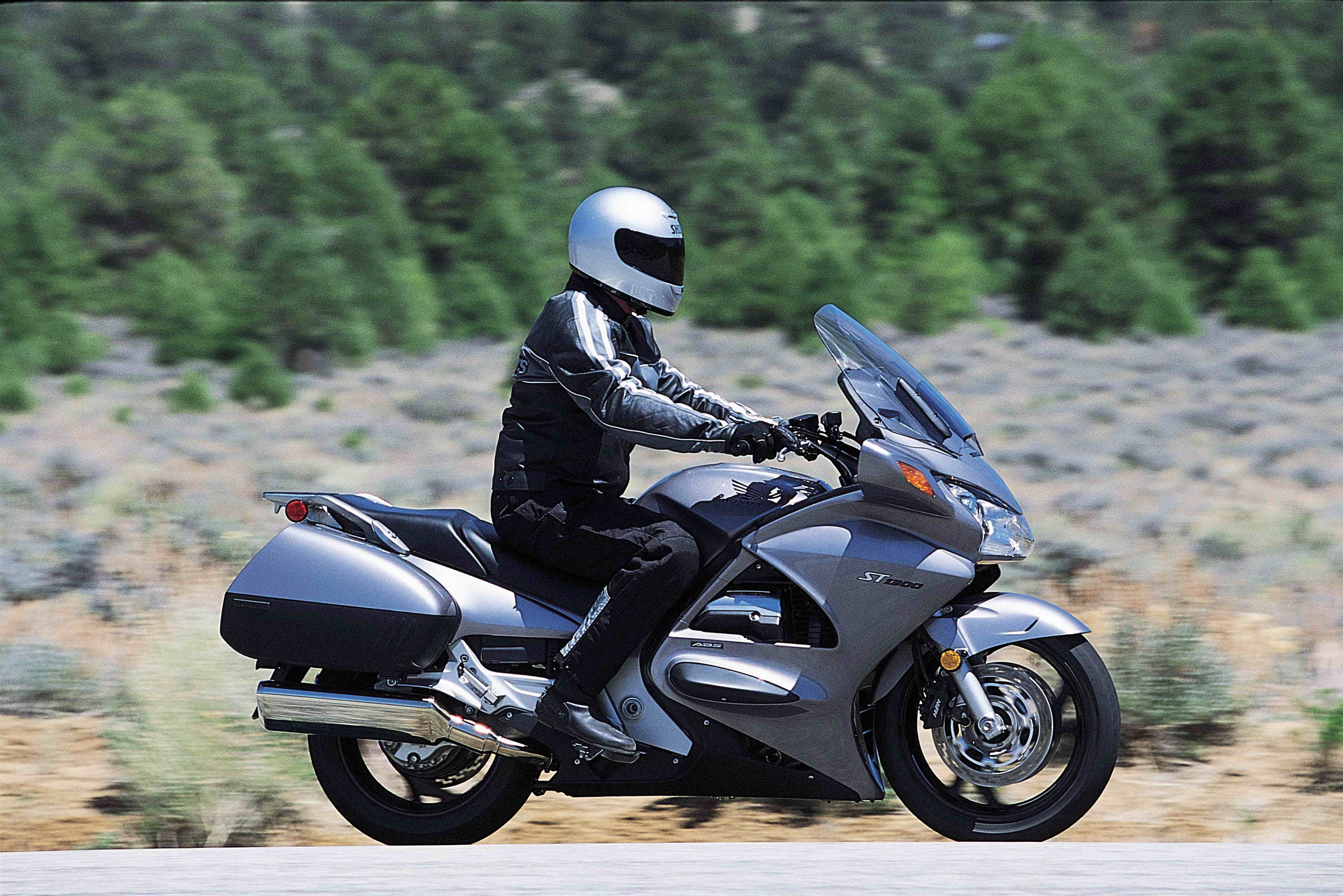 2007 Honda ST1300 Review - Top Speed