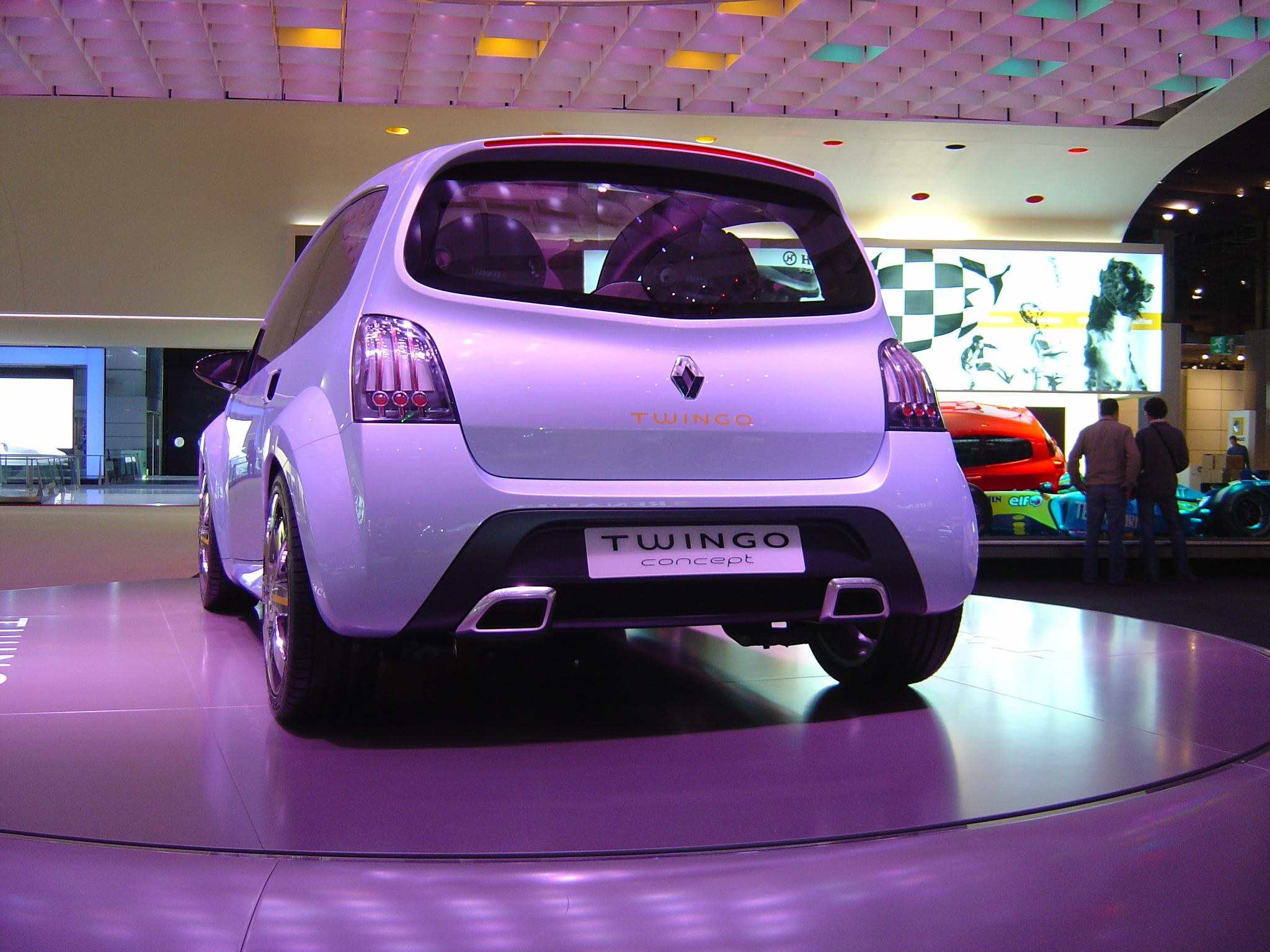 High End Cars >> 2007 Renault Twingo Review - Top Speed