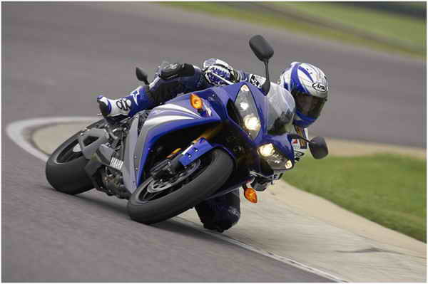 2007 yamaha yzf r1 review top speed for Yamaha r1 top speed