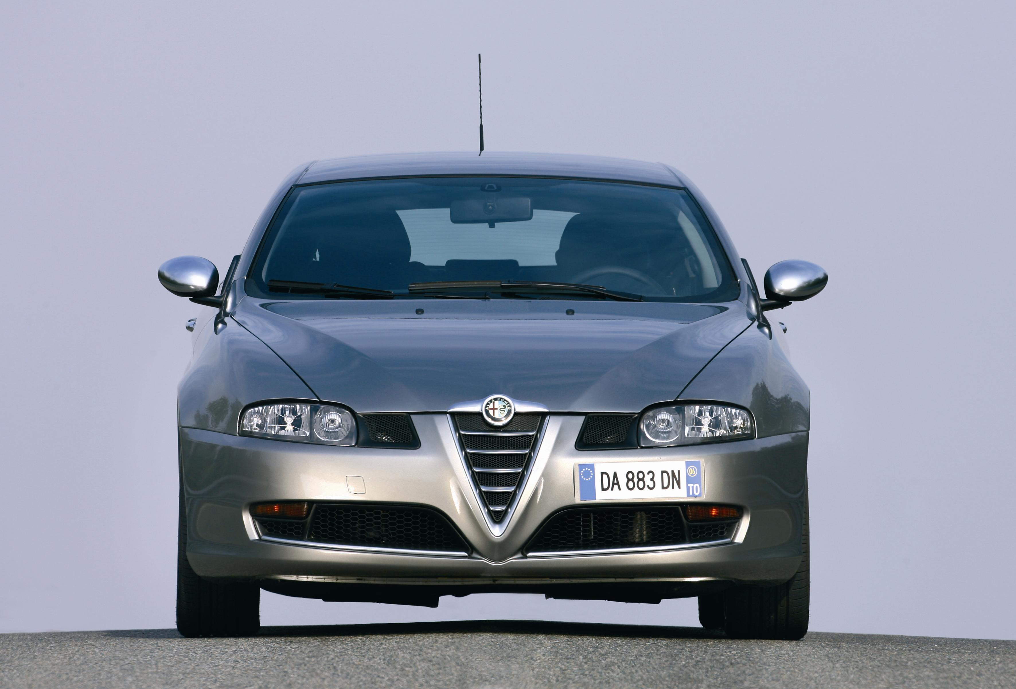 2006 alfa gt and 147 q2 review top speed. Black Bedroom Furniture Sets. Home Design Ideas