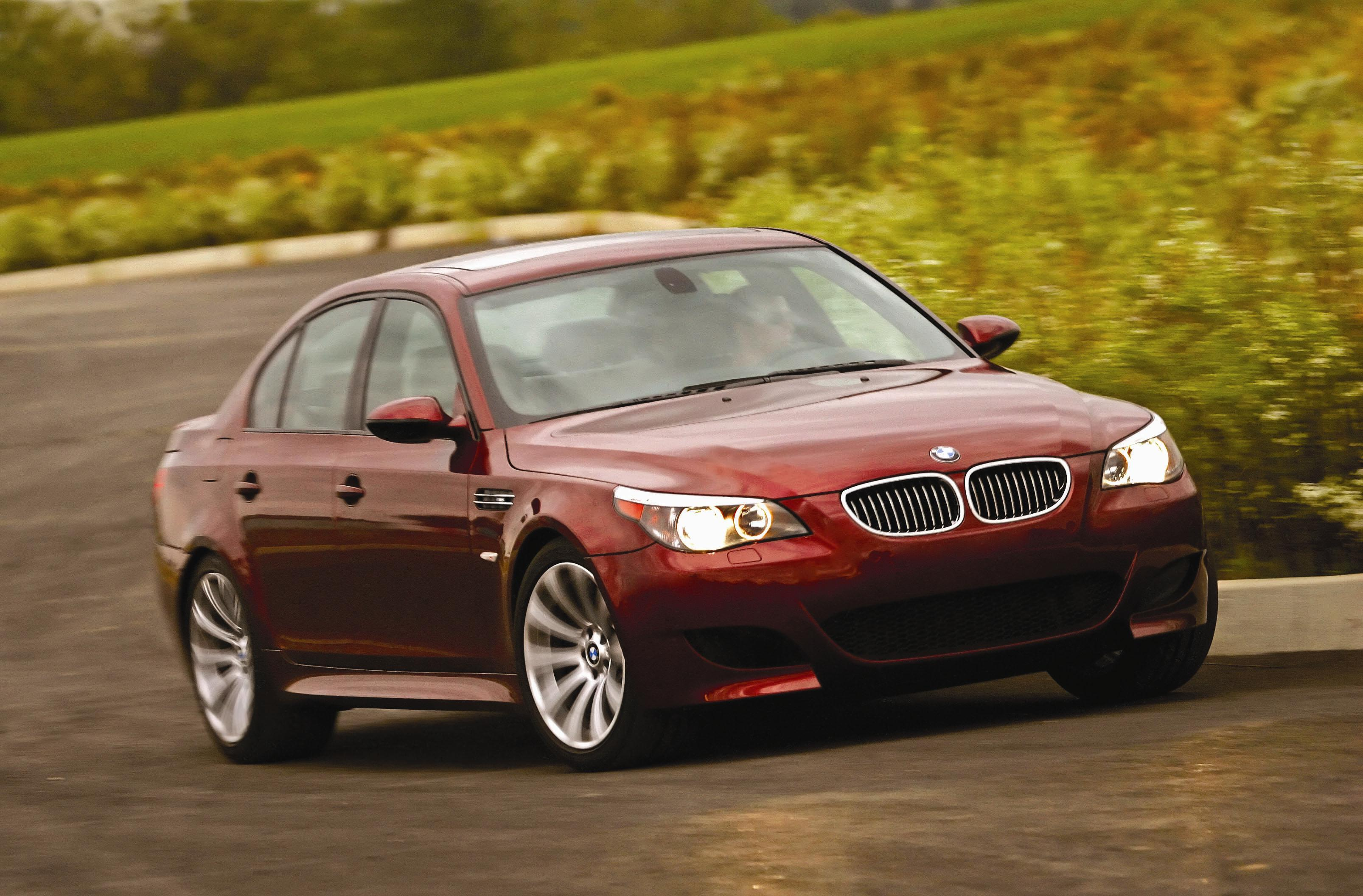 2007 BMW M5 Review - Top Speed