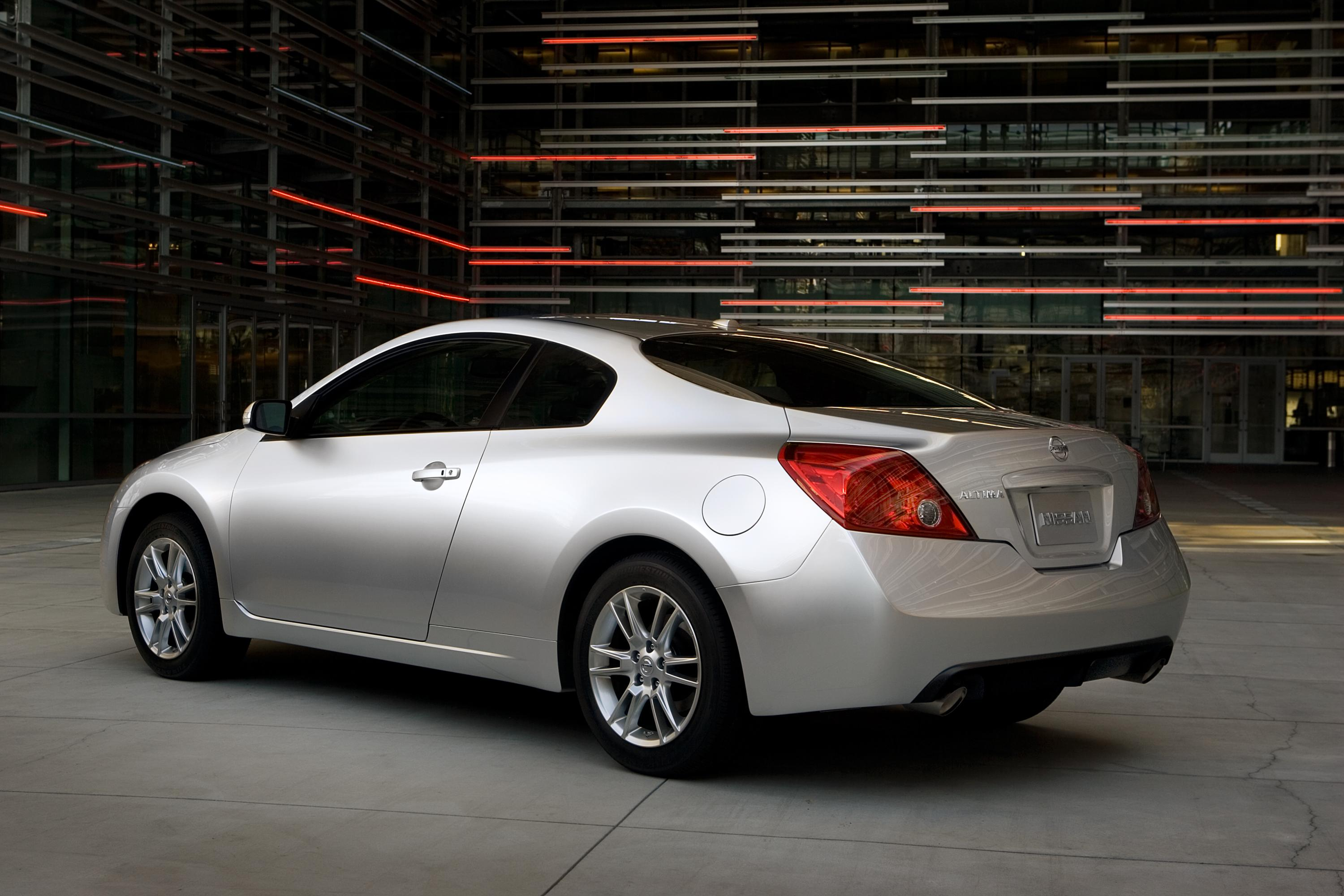 auction sold size in item for of full sale new window nissan altima city january