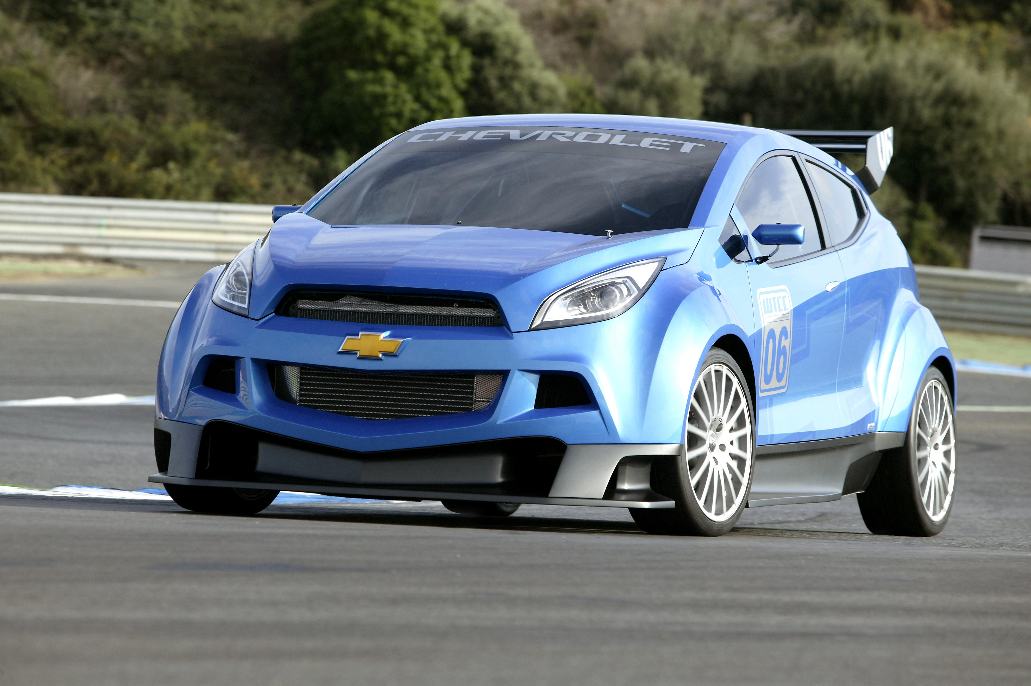 Chevrolet WTCC Ultra Tested At Estoril Racetrack | Top Speed