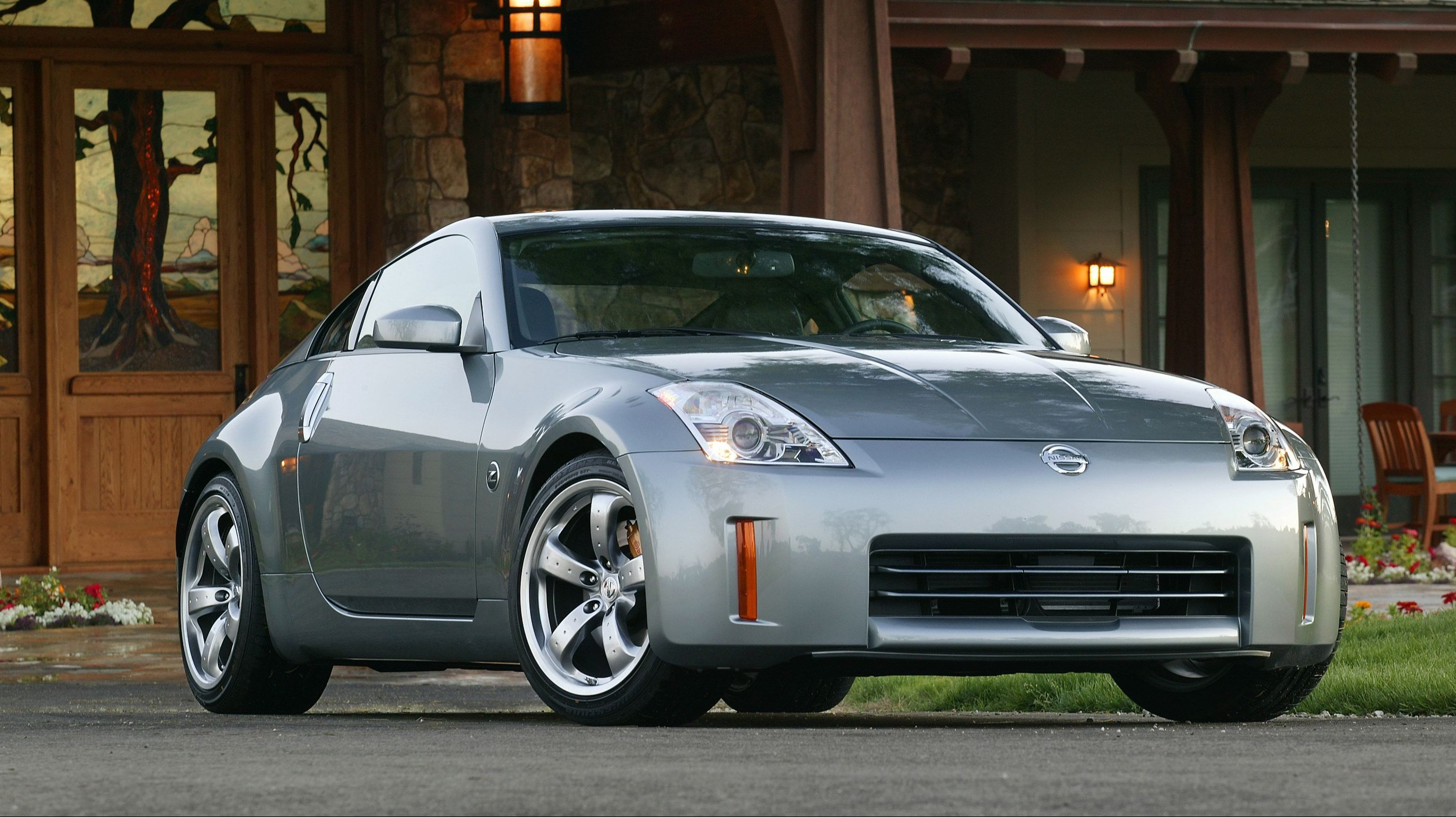 Nissan 350z Japanese Performance Car Of The Year For