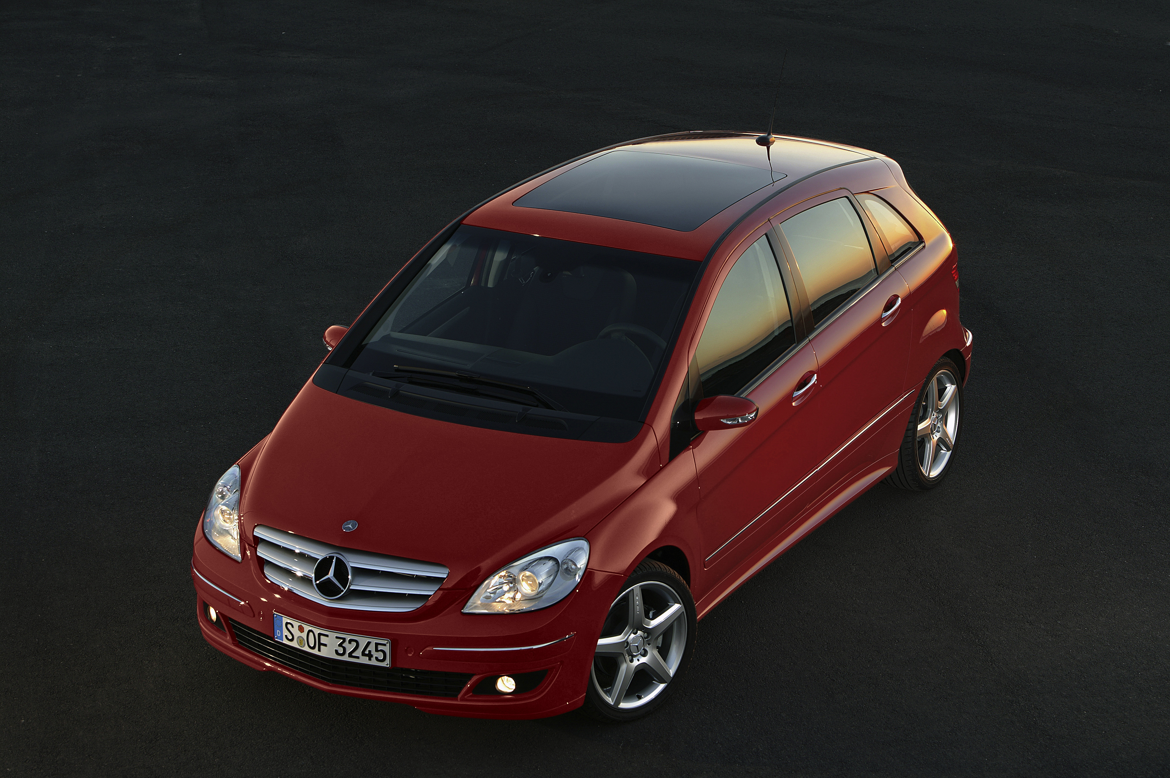 2005 mercedes b class top speed. Black Bedroom Furniture Sets. Home Design Ideas