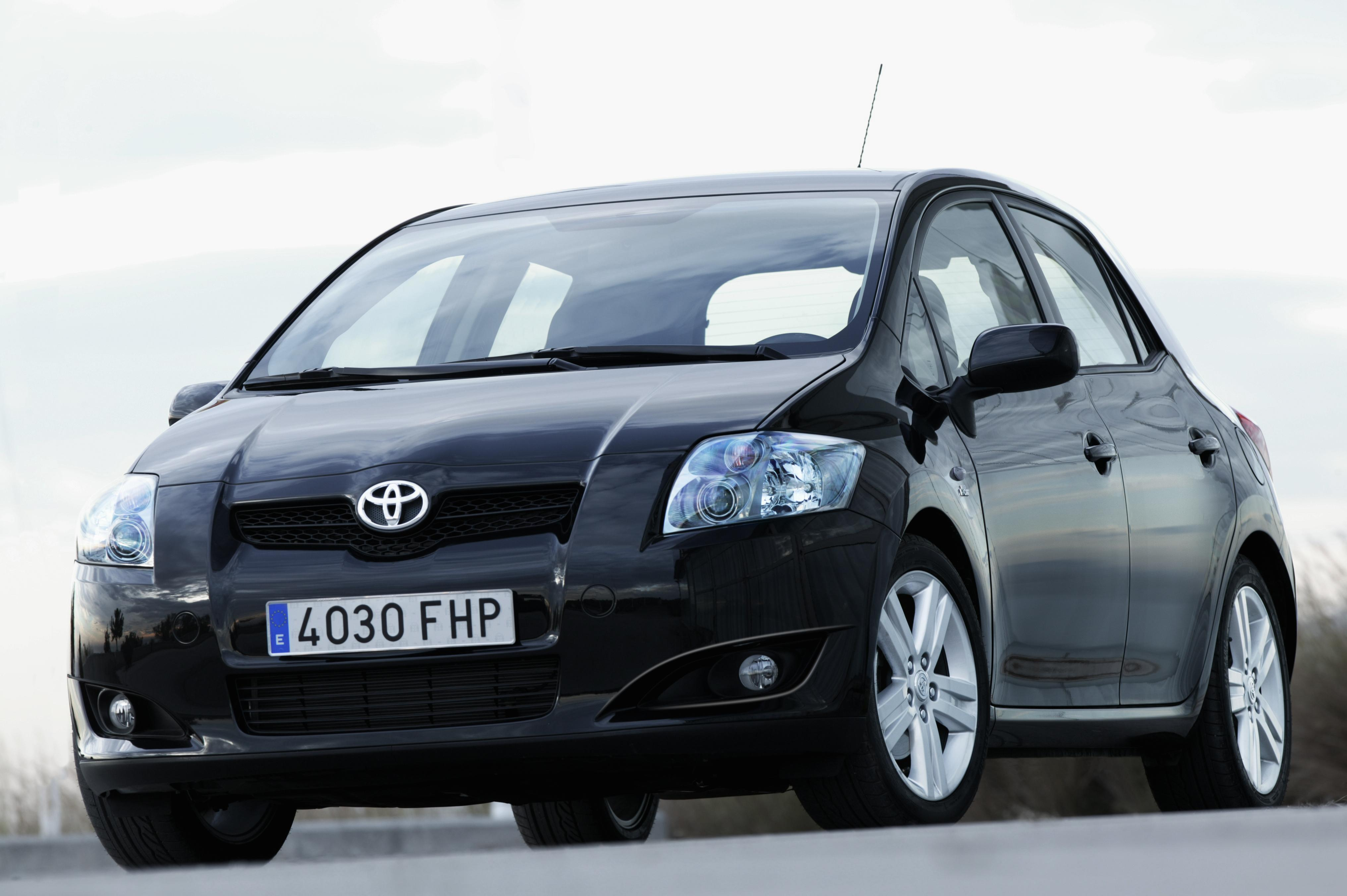 toyota auris five starts from euro ncap top speed. Black Bedroom Furniture Sets. Home Design Ideas