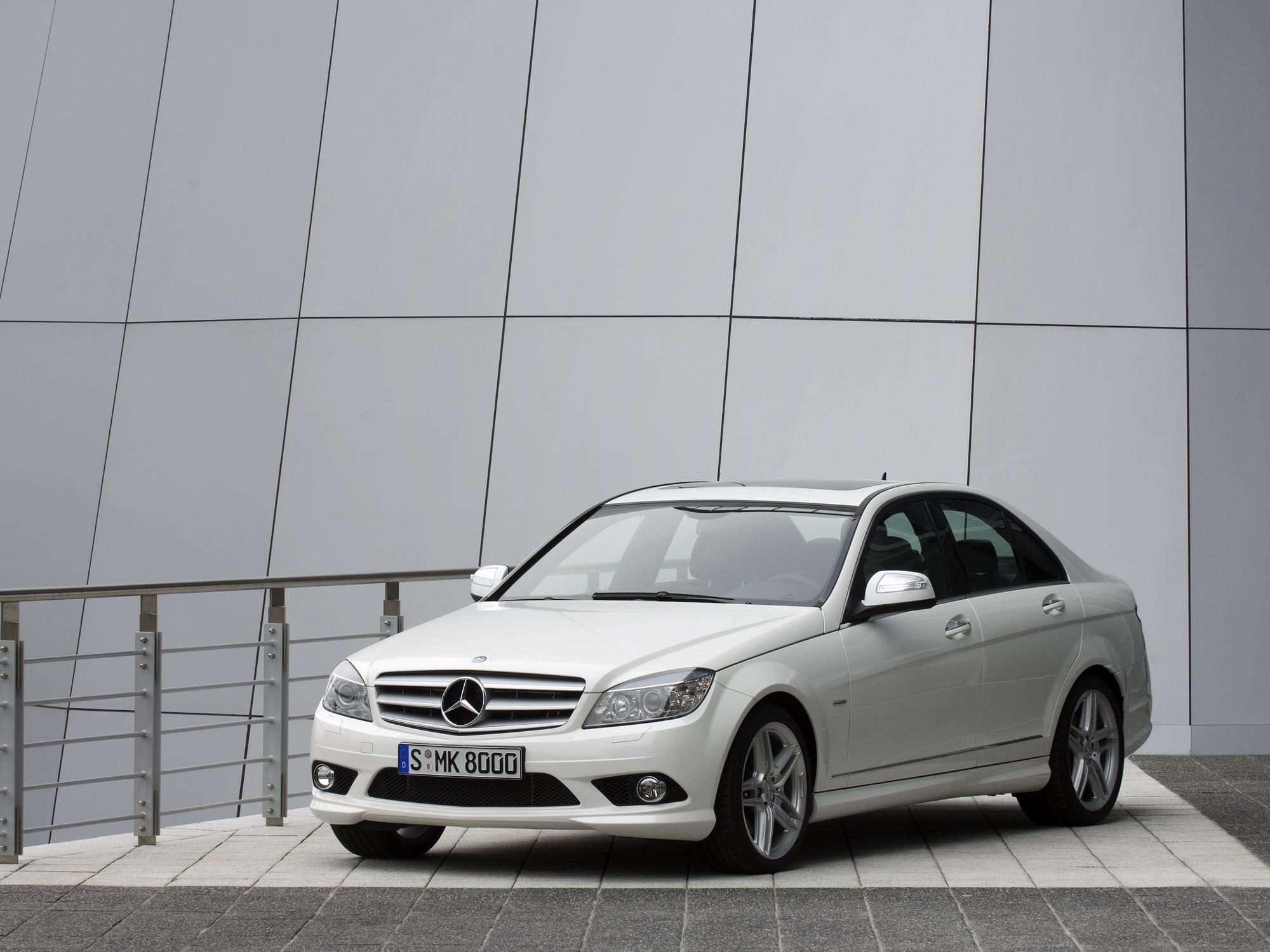 to class benz of newsfeatures used ca review c mercedes autotrader