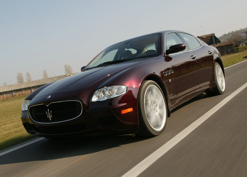 first 2007 maserati quattroporte automatic delivered in. Black Bedroom Furniture Sets. Home Design Ideas