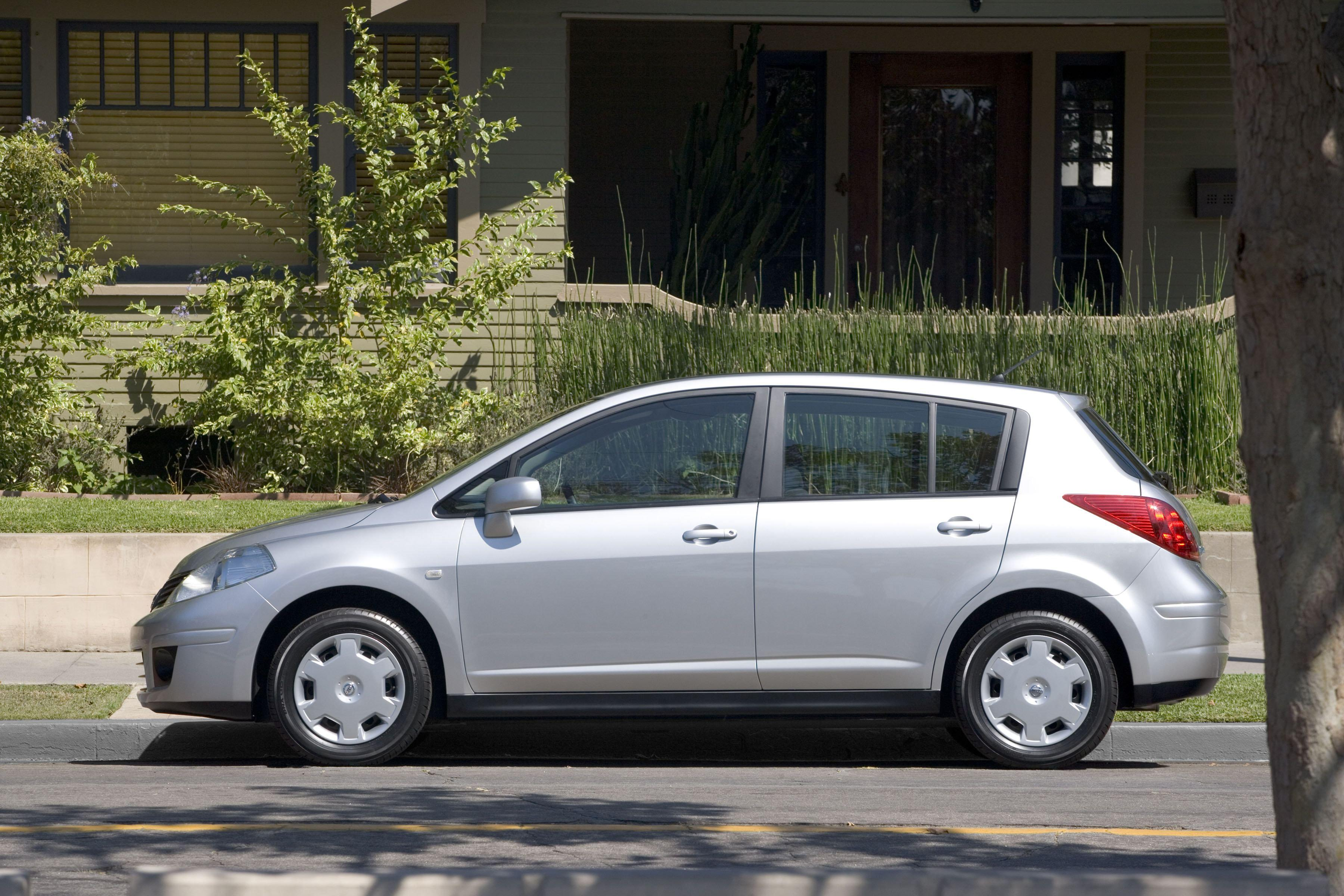 2007 Nissan Versa | Top Speed. »
