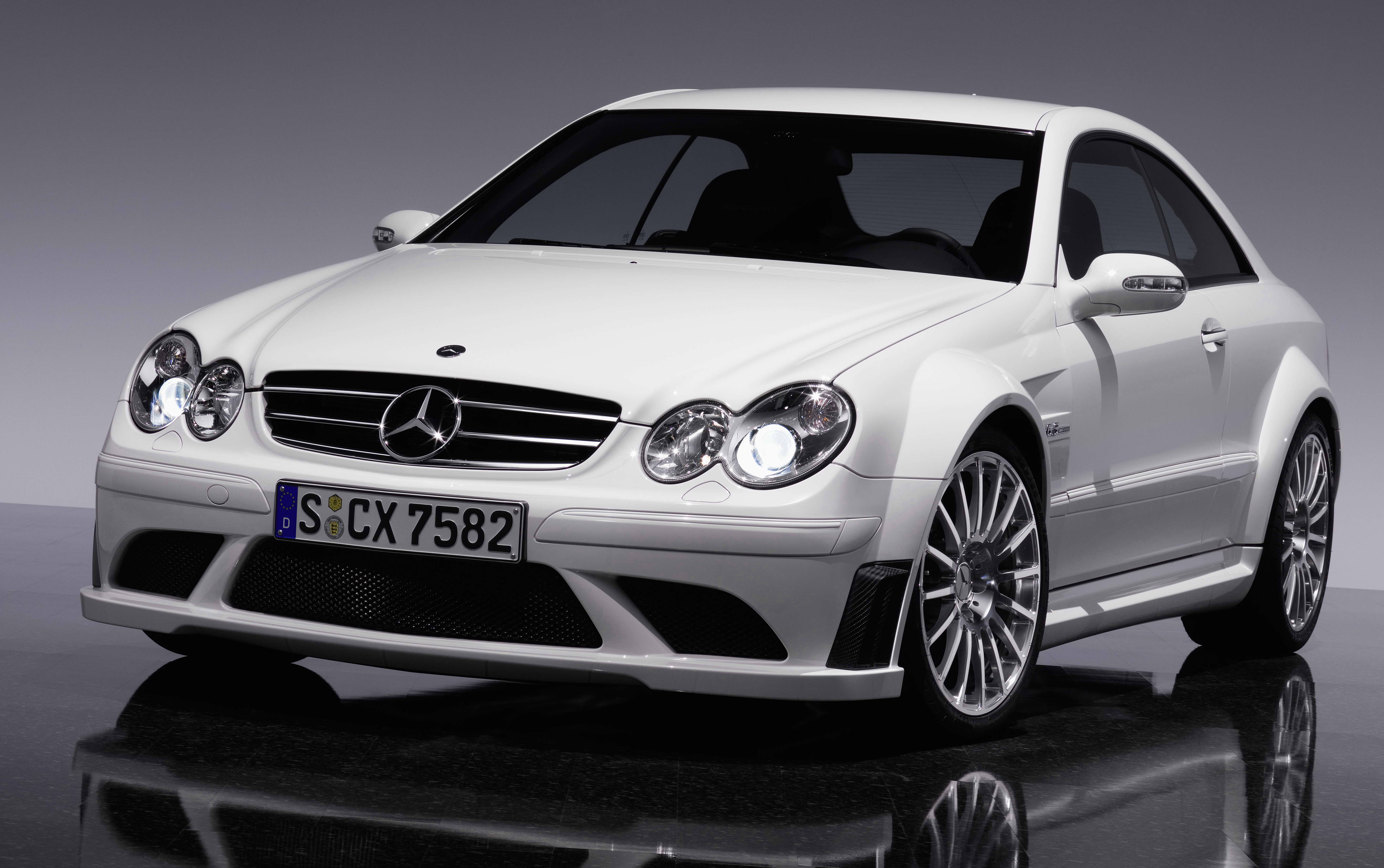 2007 mercedes clk 63 amg black series review gallery top speed. Black Bedroom Furniture Sets. Home Design Ideas