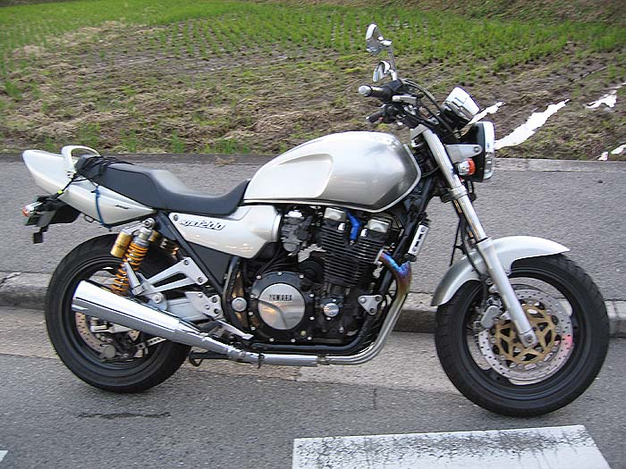 1995 1999 yamaha xjr1200 review top speed. Black Bedroom Furniture Sets. Home Design Ideas
