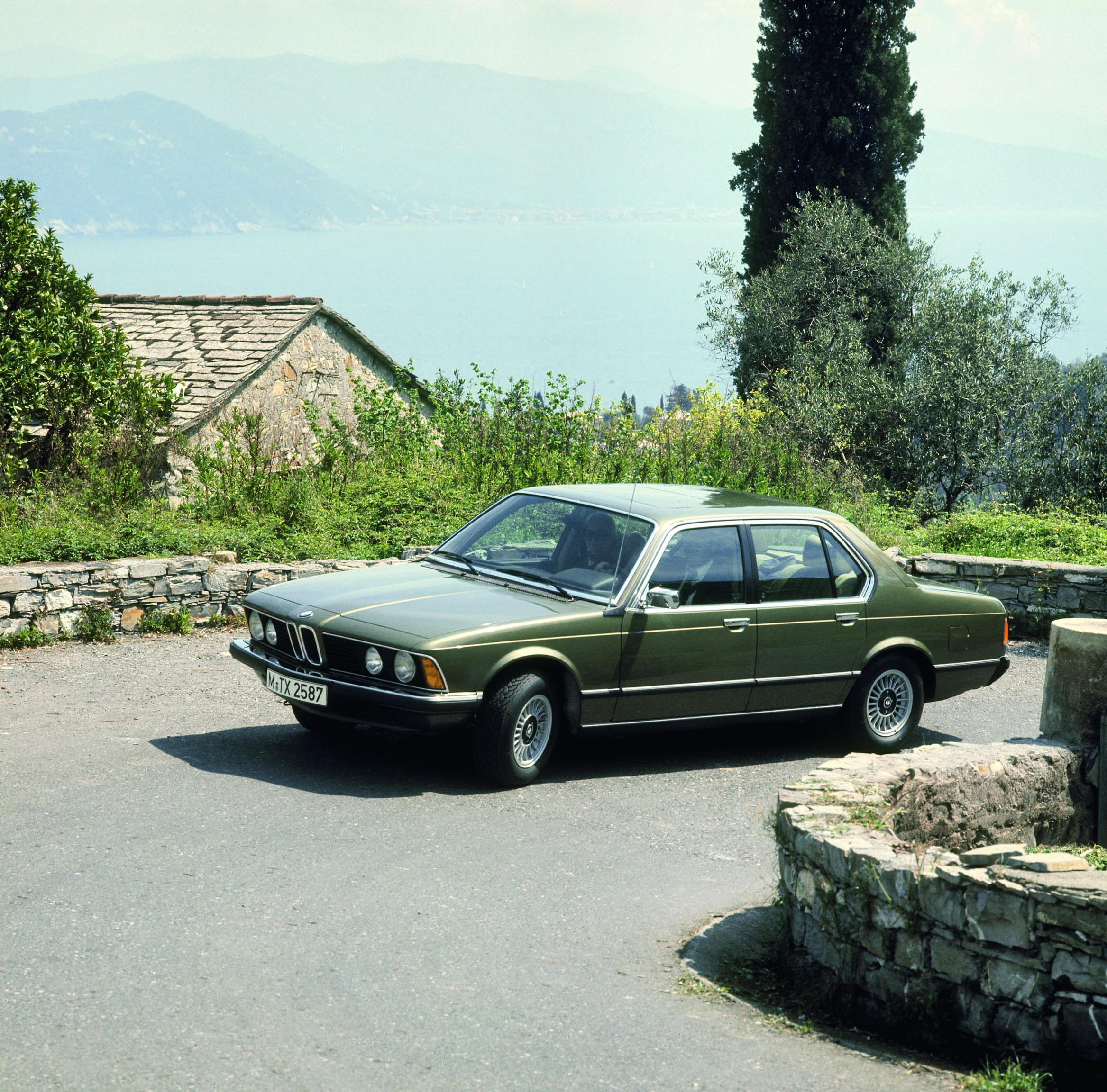 Bmw Years: 30 Years Of The BMW 7-Series Gallery 188598