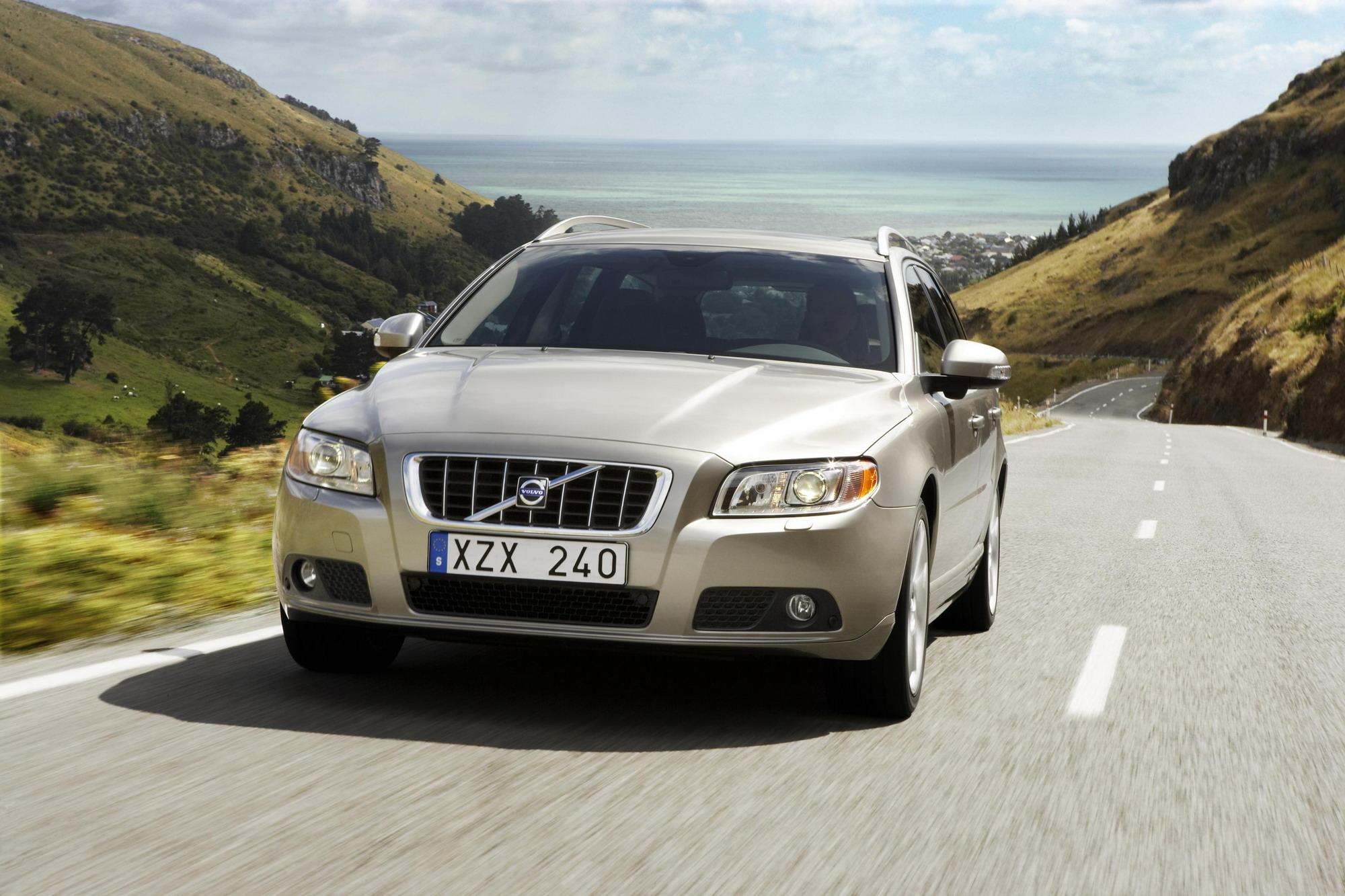The all new volvo v70 launched in 2007 is the third model in volvo s successful v70 concept the new model strengthens volvo s position in the premium