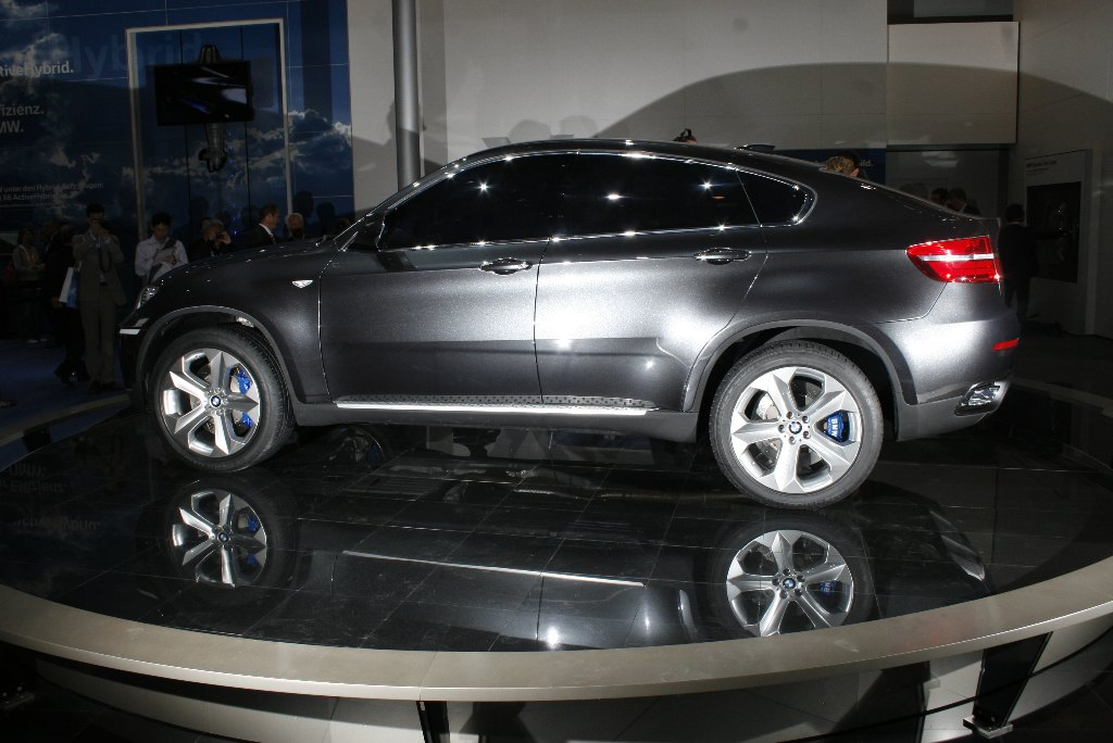 2008 BMW X6 Concept Review - Top Speed