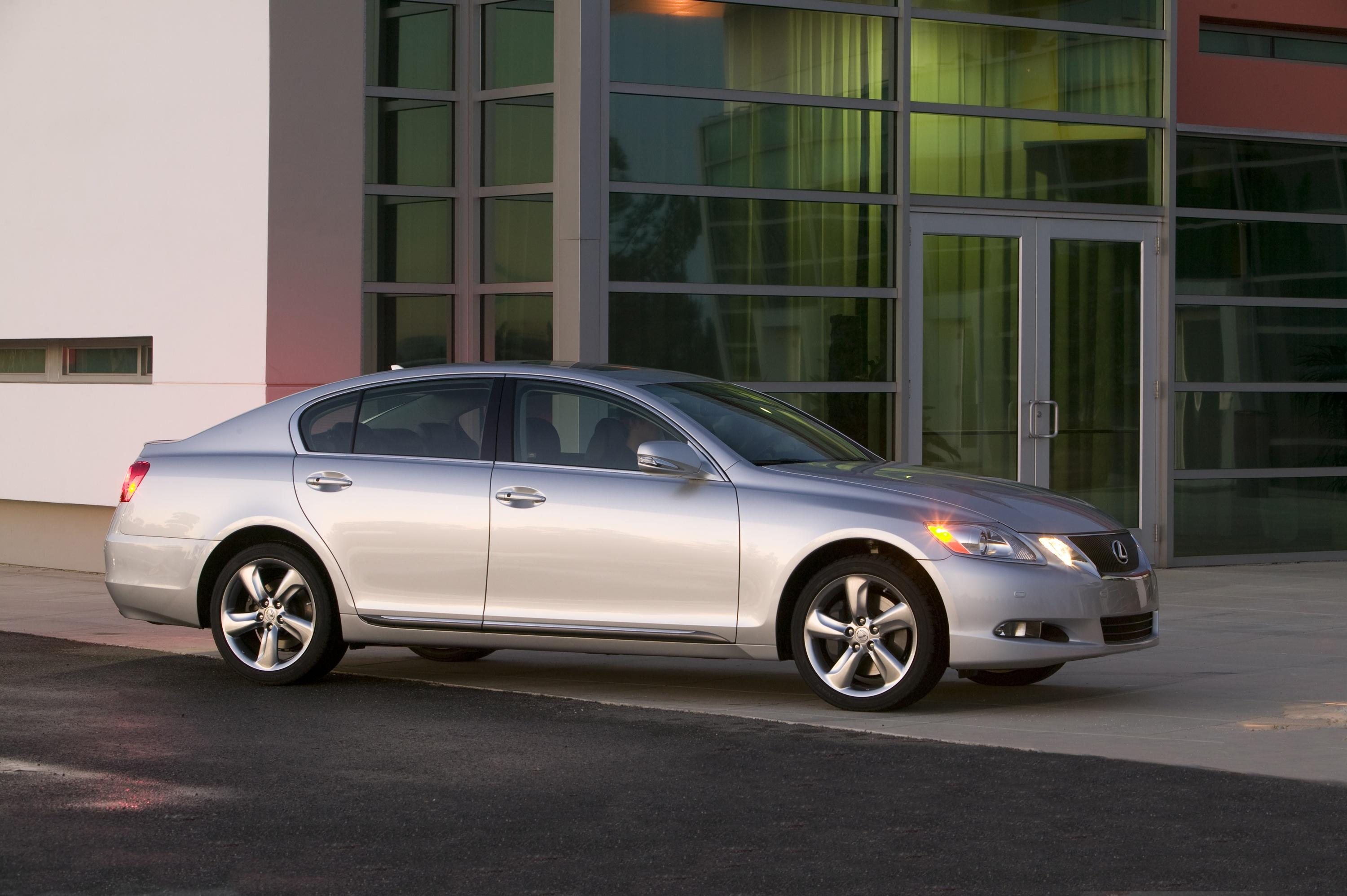 Lexus has introduced the newest version of its gs luxury sport sedan range for 2008 the gs 460 with a new 342 horsepower 4 6 liter v8 and eight speed