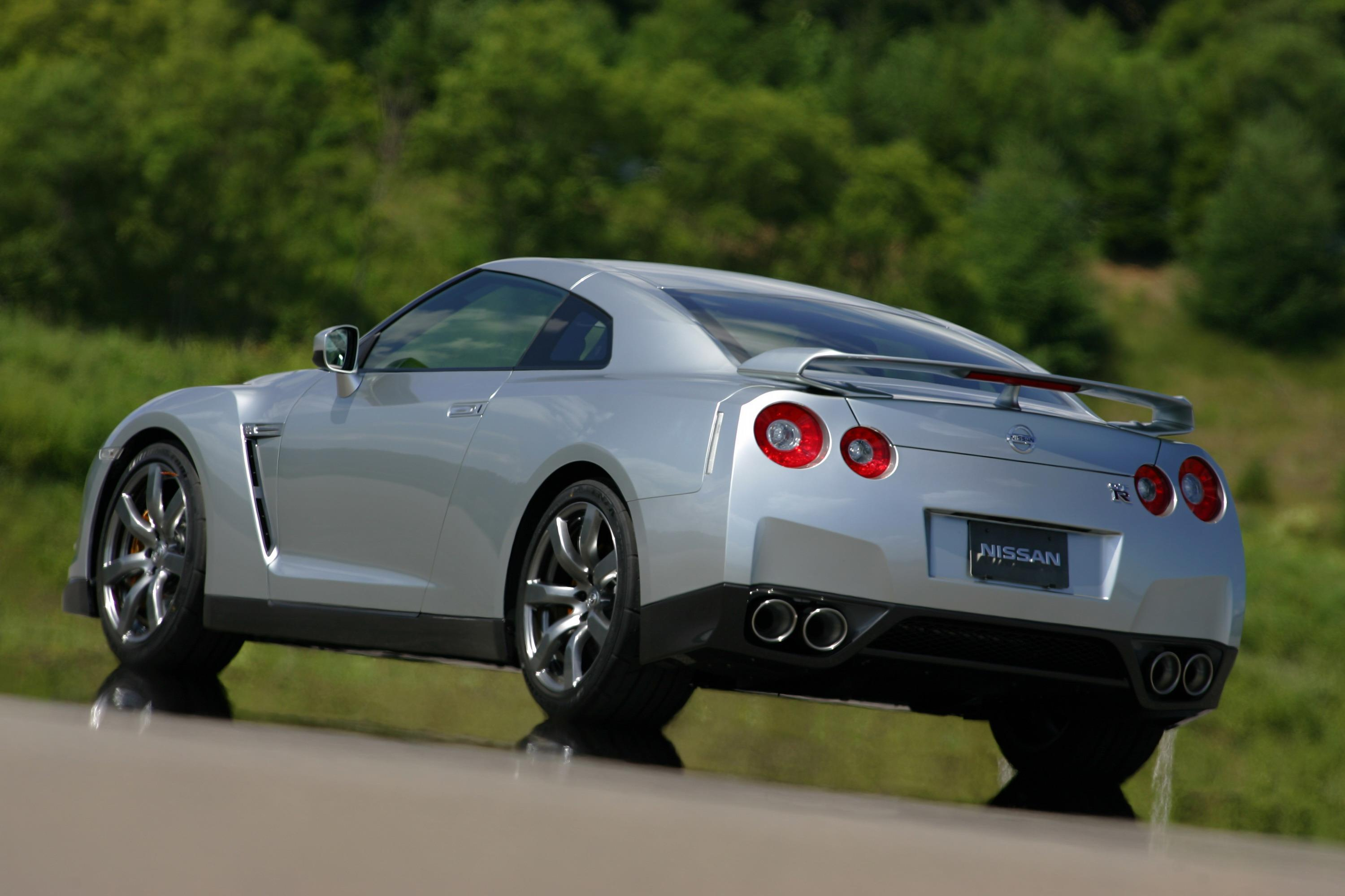 2009 nissan gt-r review - top speed