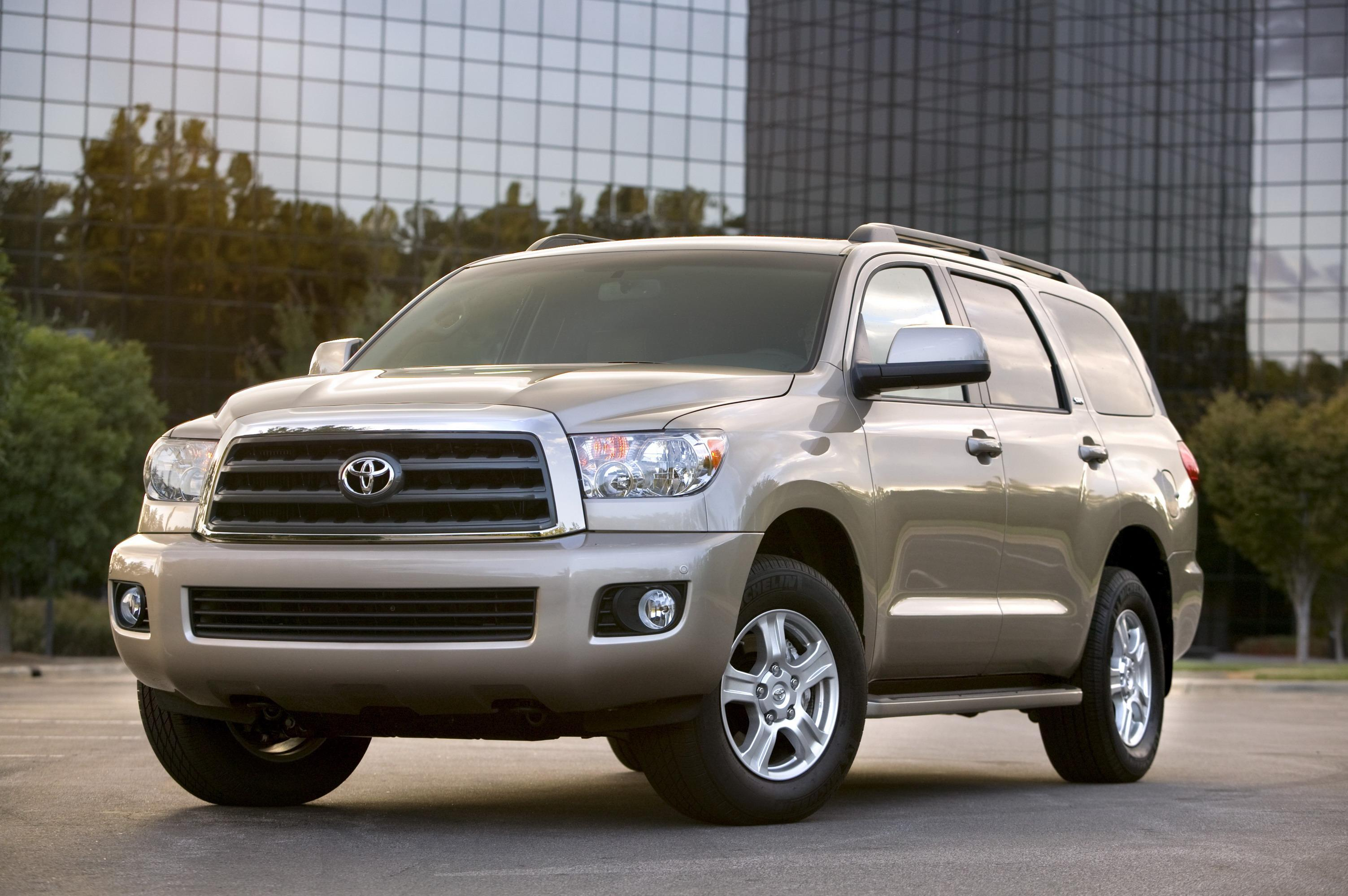 daily auto toyota consumer sequoia guide drive chicago trd sport show the reviews