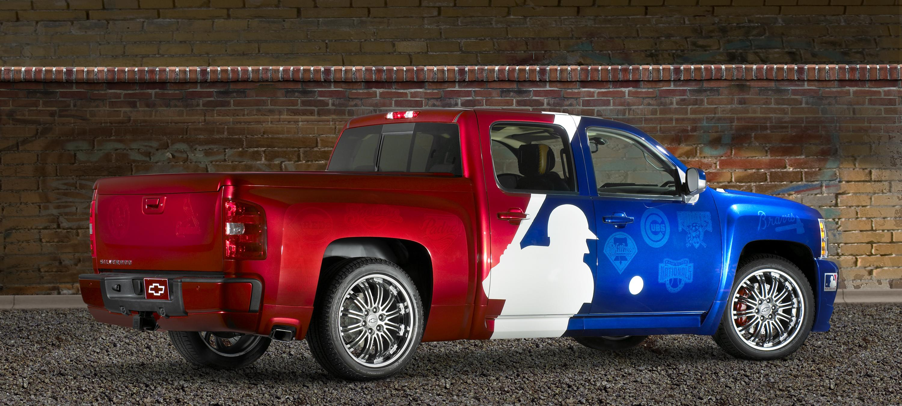 2007 Chevrolet Major League Baseball Silverado Review