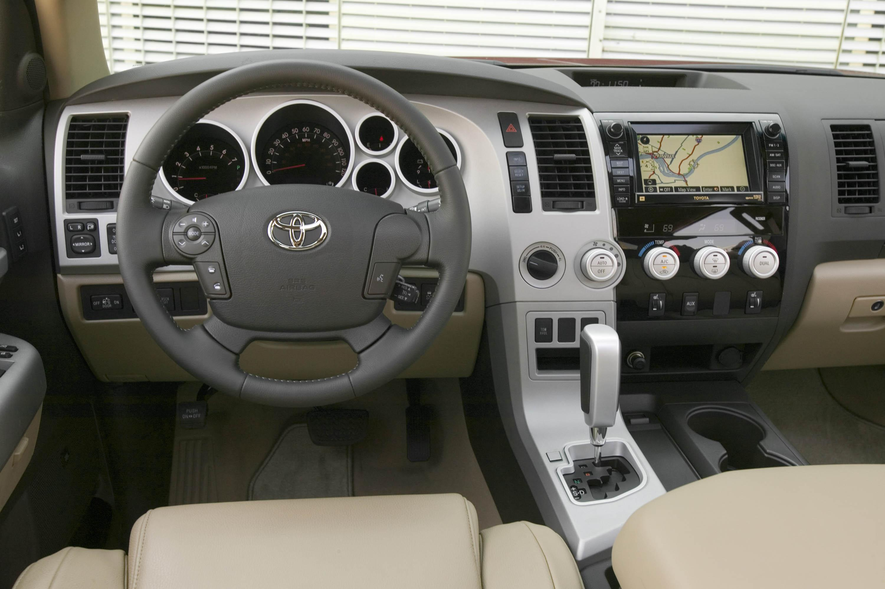 2008 toyota tundra motor trend truck of the year news for Motor trend truck of the year
