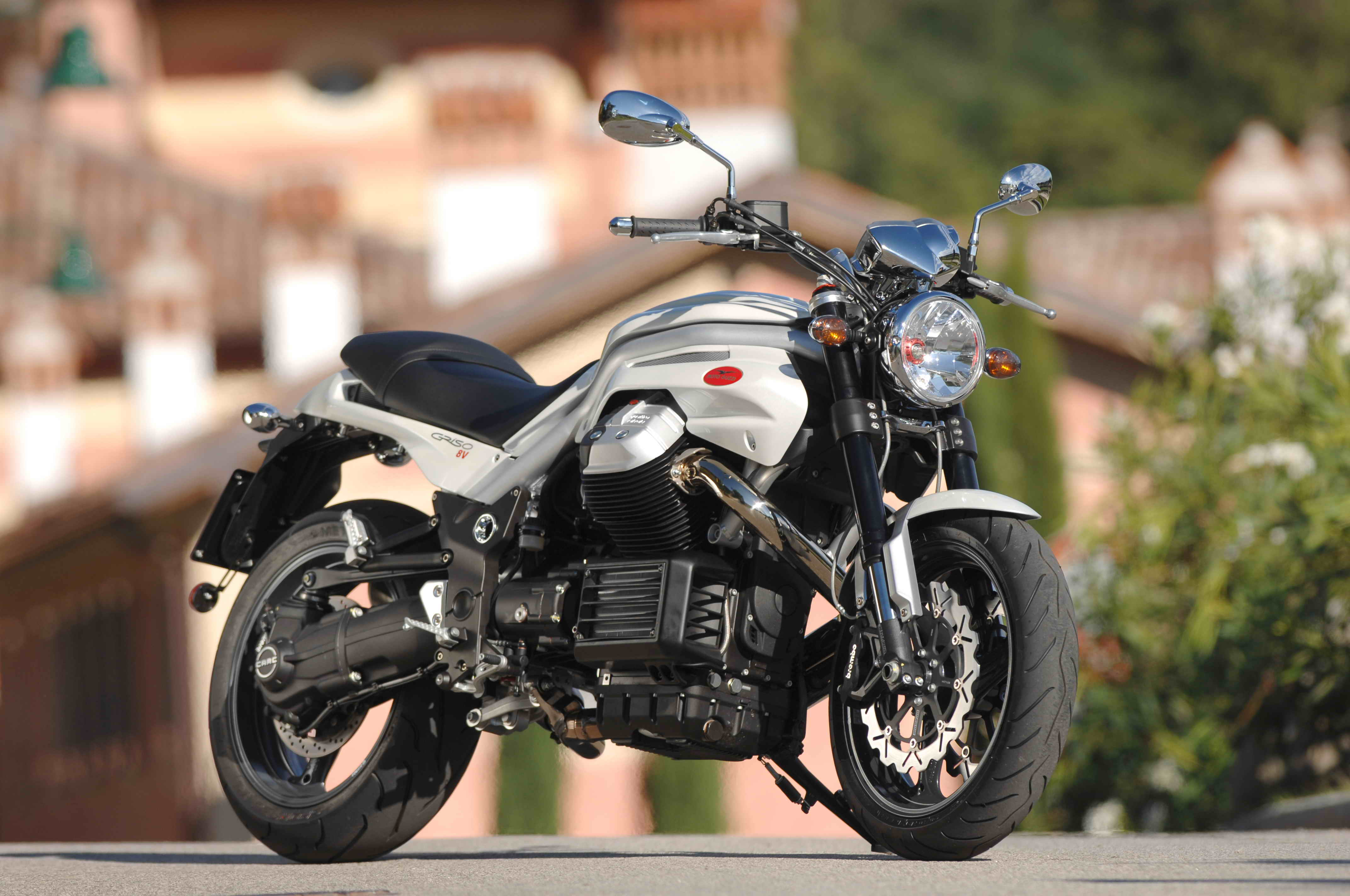 2008 moto guzzi griso 8v review gallery top speed. Black Bedroom Furniture Sets. Home Design Ideas