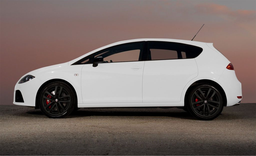 2008 seat leon cupra candy white review top speed. Black Bedroom Furniture Sets. Home Design Ideas