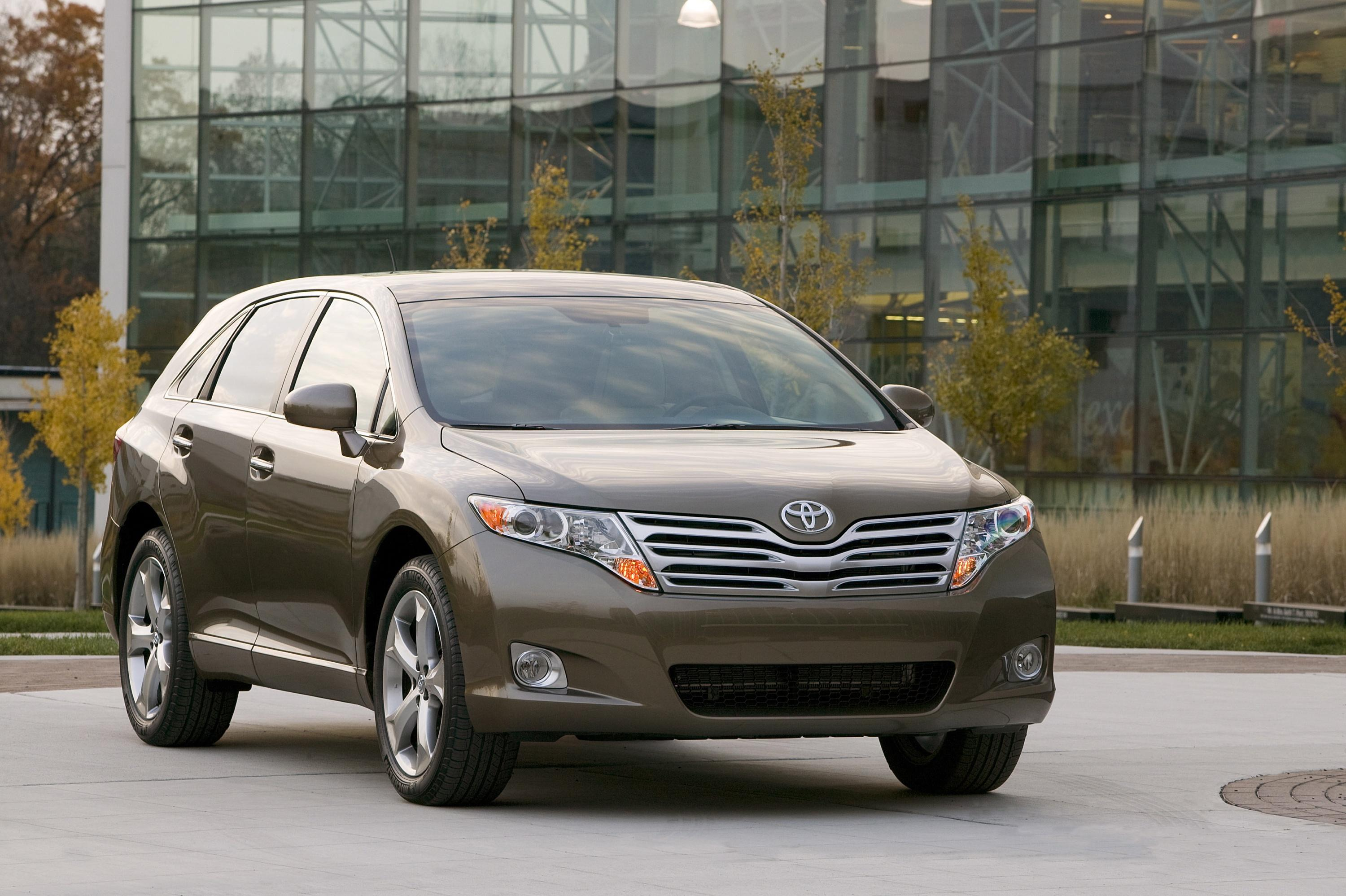 bestcarmag com articles review informations toyota makes venza photos