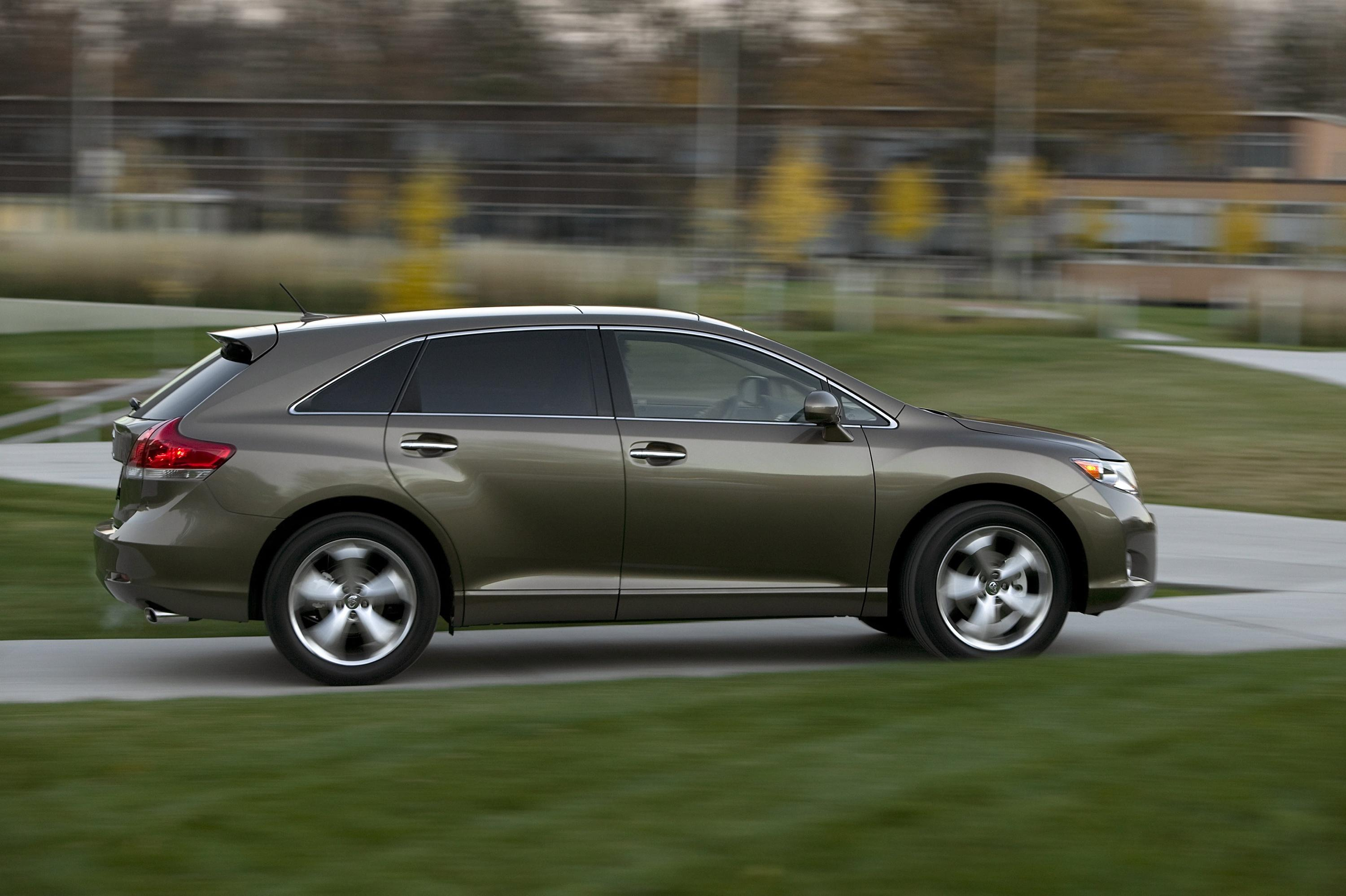 and photos toyota key venza review