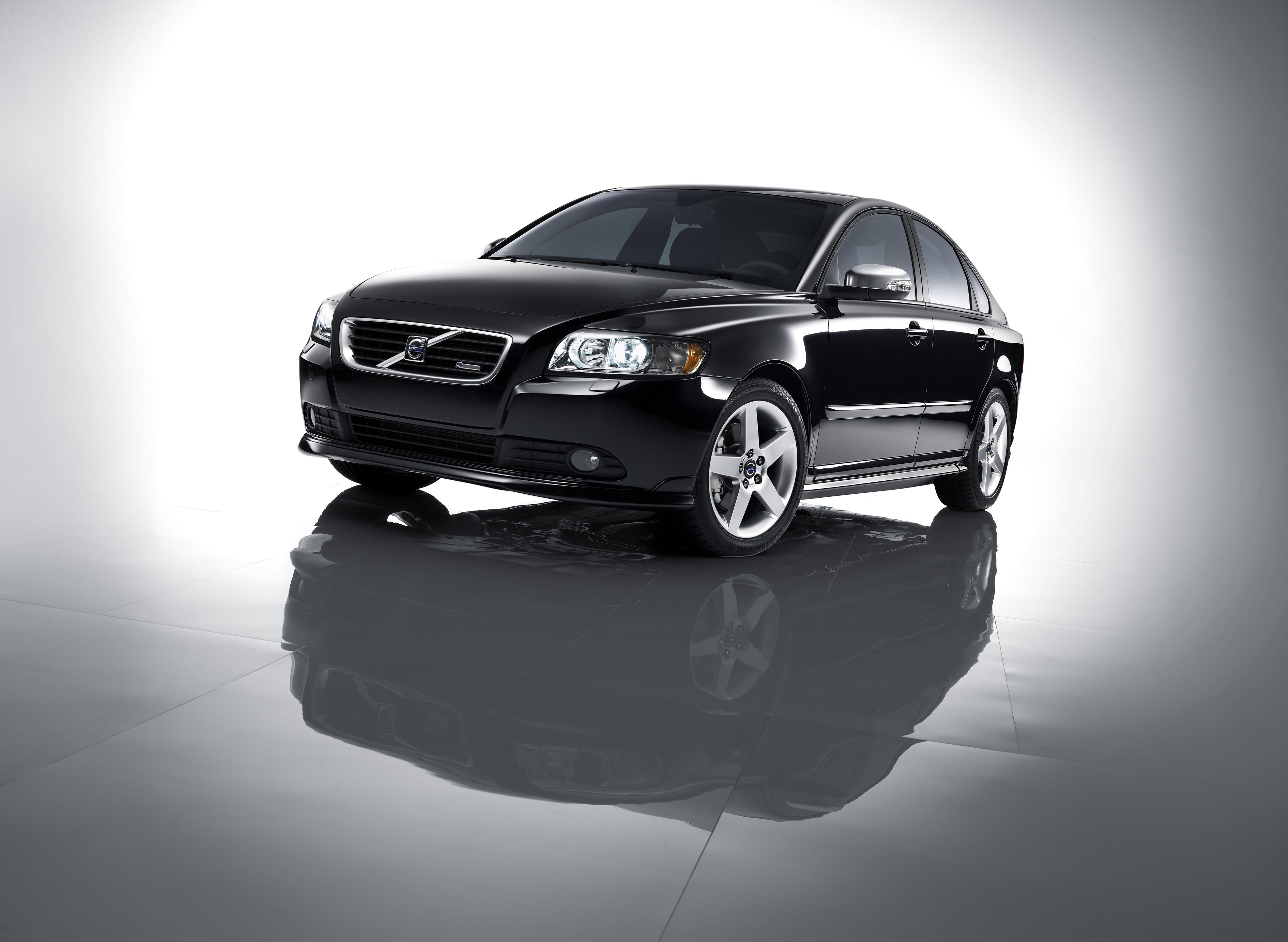 2008 Volvo C30, S40 And V50 R-Design | Top Speed