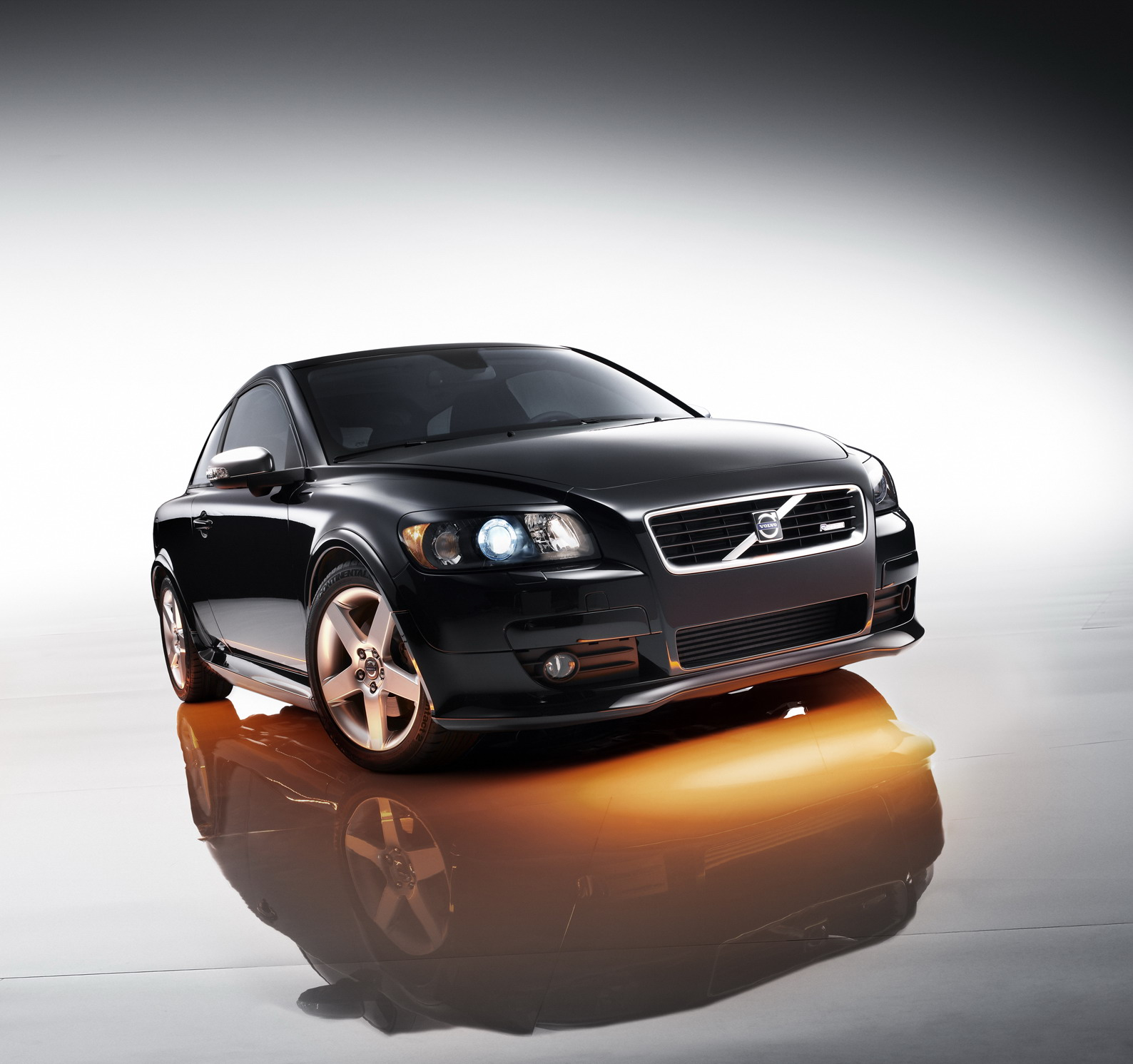 2008 Volvo C30 R-Design Review - Top Speed