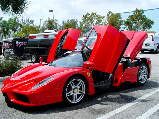 ebay find of the day ferrari enzo top speed. Black Bedroom Furniture Sets. Home Design Ideas