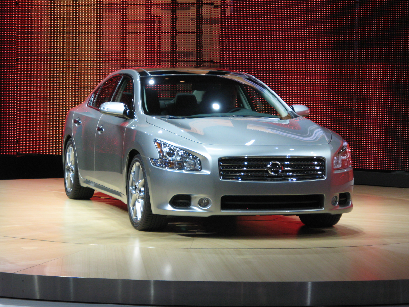 2009 Nissan Maxima Review - Top Speed