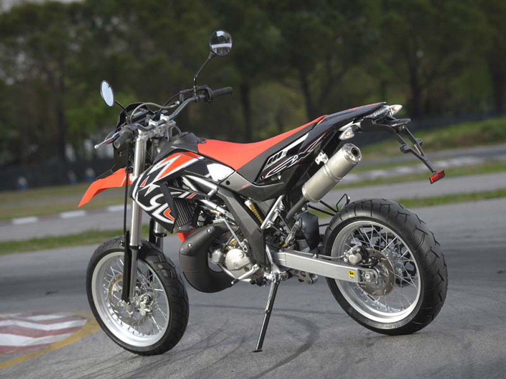 2009 aprilia rx 125 sx 125 review top speed. Black Bedroom Furniture Sets. Home Design Ideas