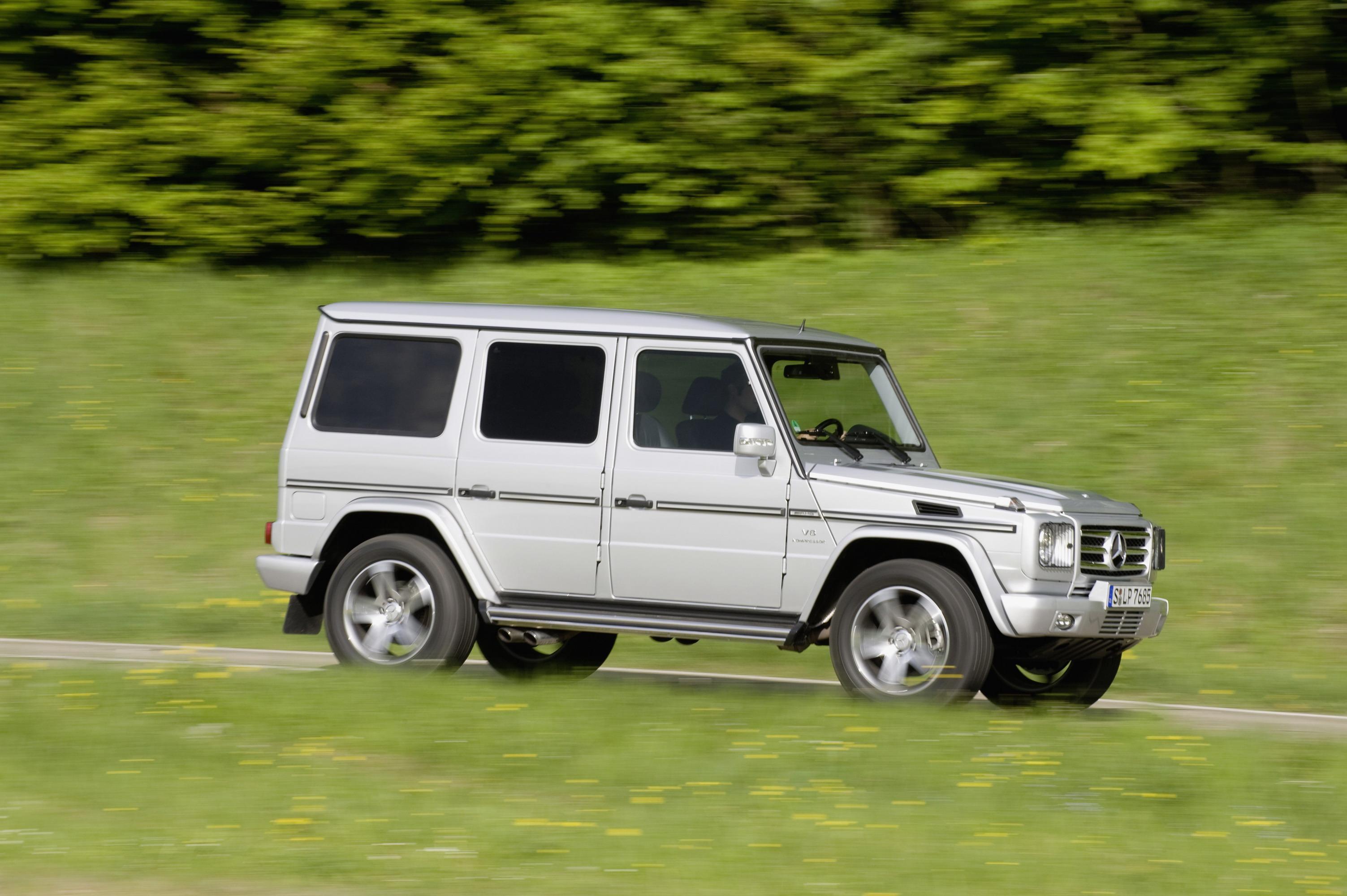 2009 mercedes g55 amg review - top speed