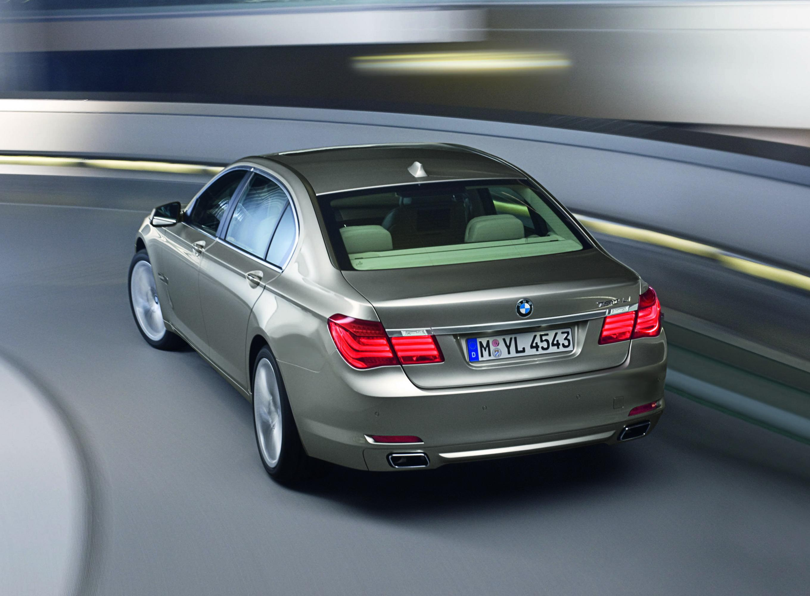 2009 BMW 7-Series | Top Speed