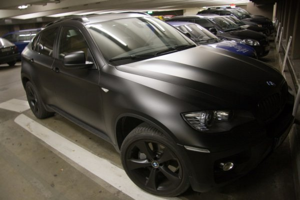 Until Now You Were Used To See Supercars And Sports Cars Painted In Matte  Black, But Why Not A Crossover Too? The Owner Of This BMW X6 Chosen To  Paint His ...
